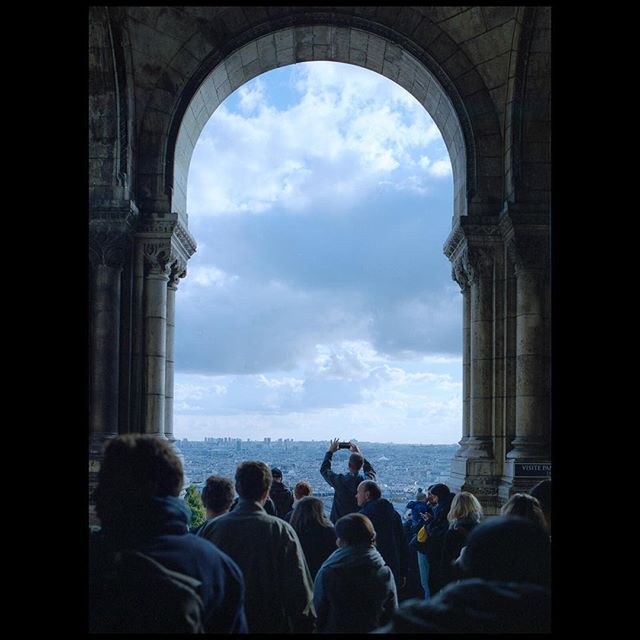. . . . . #film #120 #mediumformat #paris #france #mamiya #mamiya645  #kodak #portra400 #artofvisuals #sharefilm #shootfilm #ishootfilm #filmfeed #buyfilmnotpixels #analog #filmisnotdead #keepfilmalive #shootfilmstaybroke #filmphotography #streetphotography