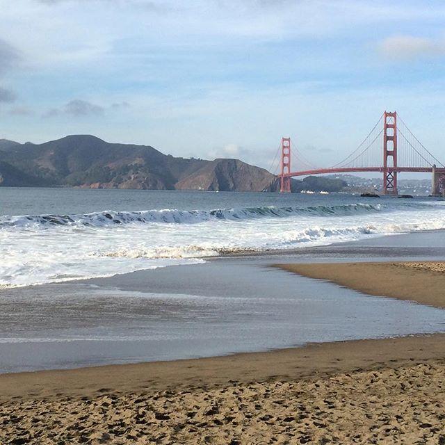 #sanfrancisco #california #travel #travellife #wanderlust #instagram #instagood #bayarea #sfiger #calilife #picoftheday #sundayfunday #bakerbeach #goldengatebridge