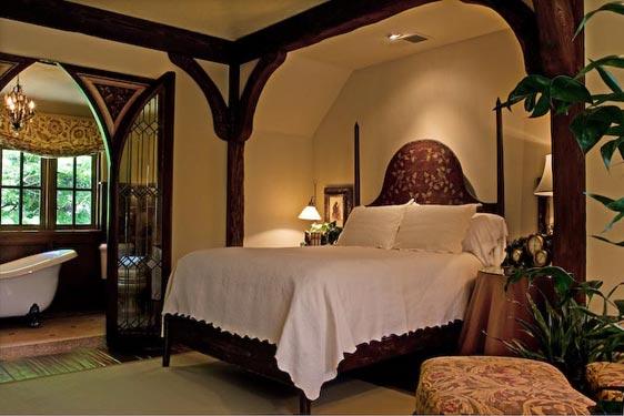 manor-bedroom.jpg