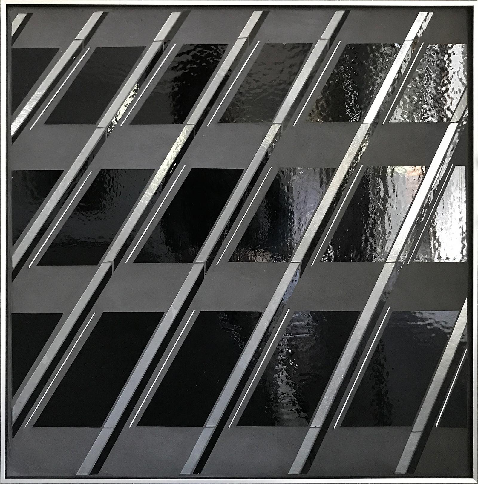 Reflect 1.19 Black grid