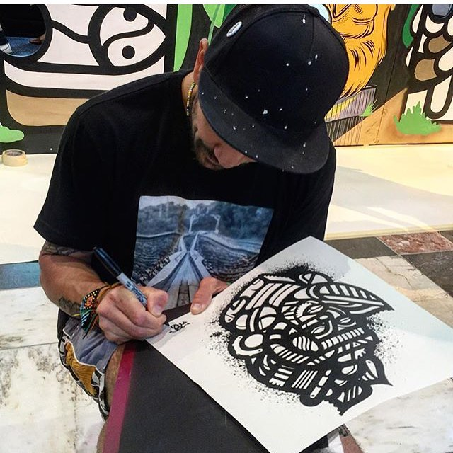MASPAZ signing a KRU 2016 Collection print