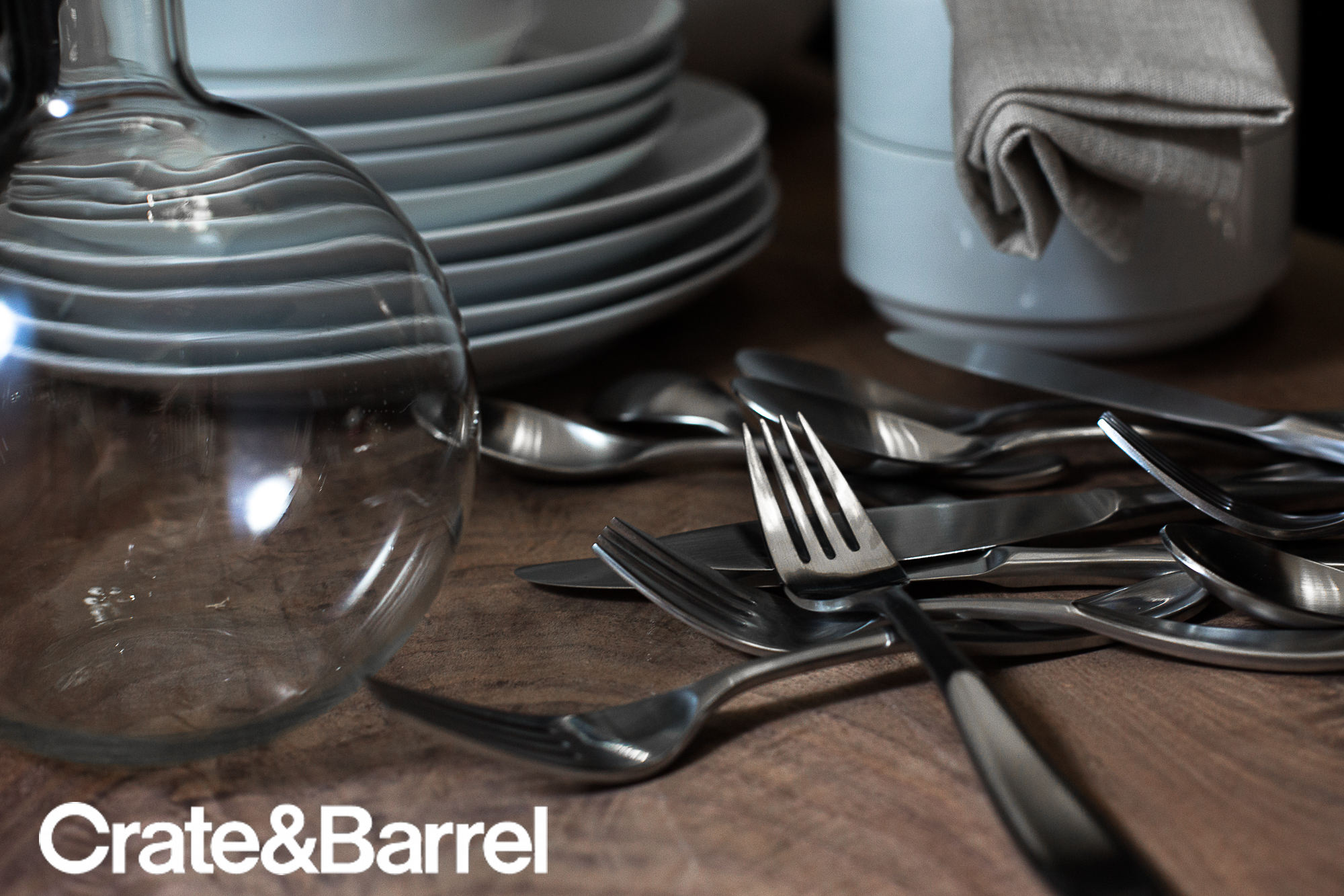 7 DISHWARE_CRATE&BARREL_AD copy.jpg