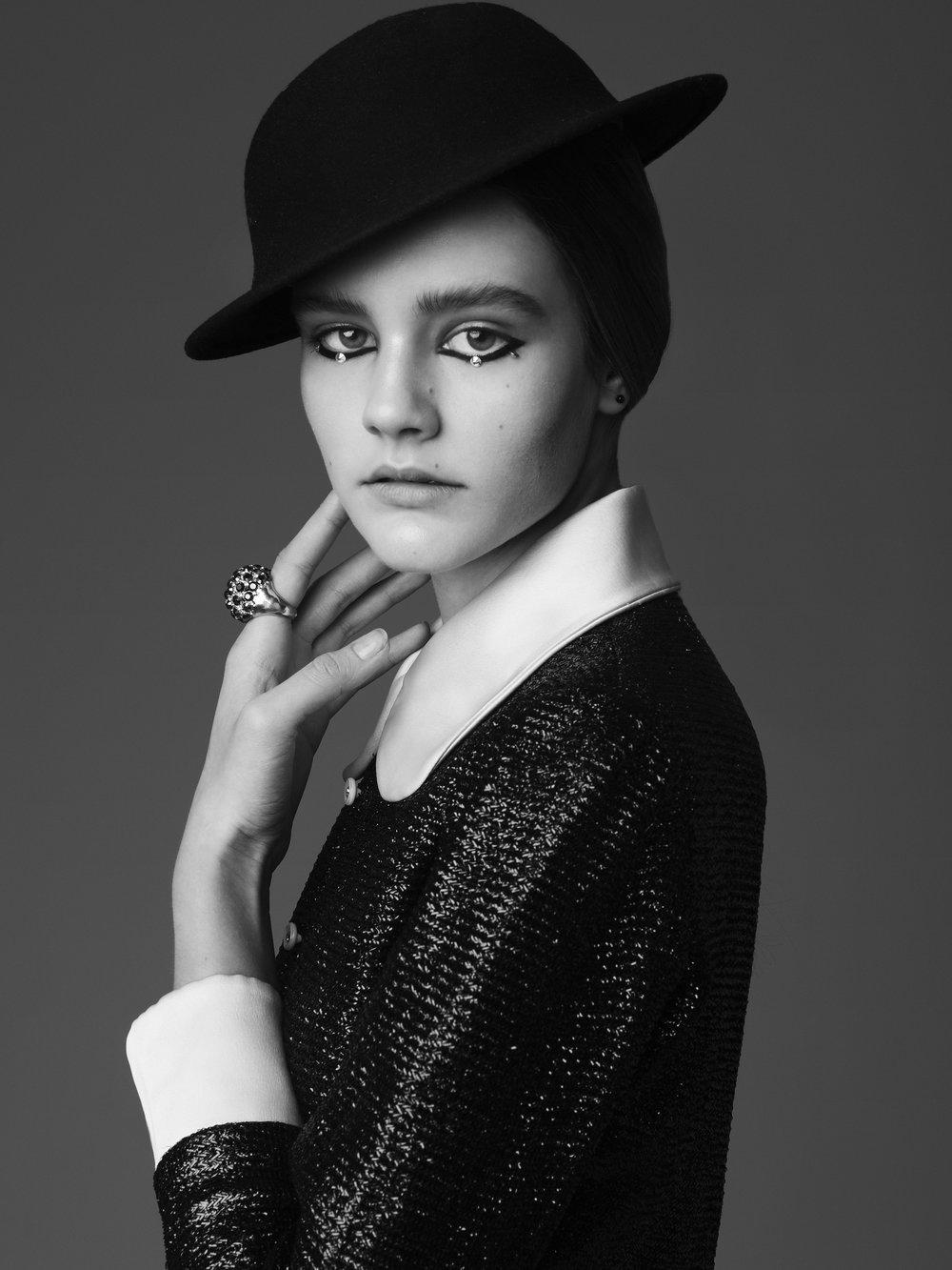 Black & White Liz 1.jpg