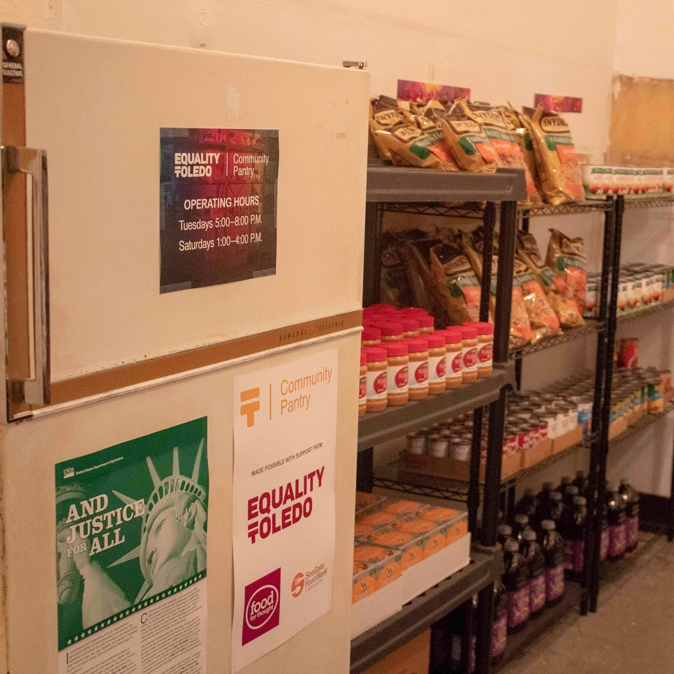 Started in 2018 as a collaboration with Equality Toledo and Toledo Pride to make sure that food-insecure young people and their families have a barrier-free option, the Equality Toledo Community Pantry has served countless families in the Toledo area. -