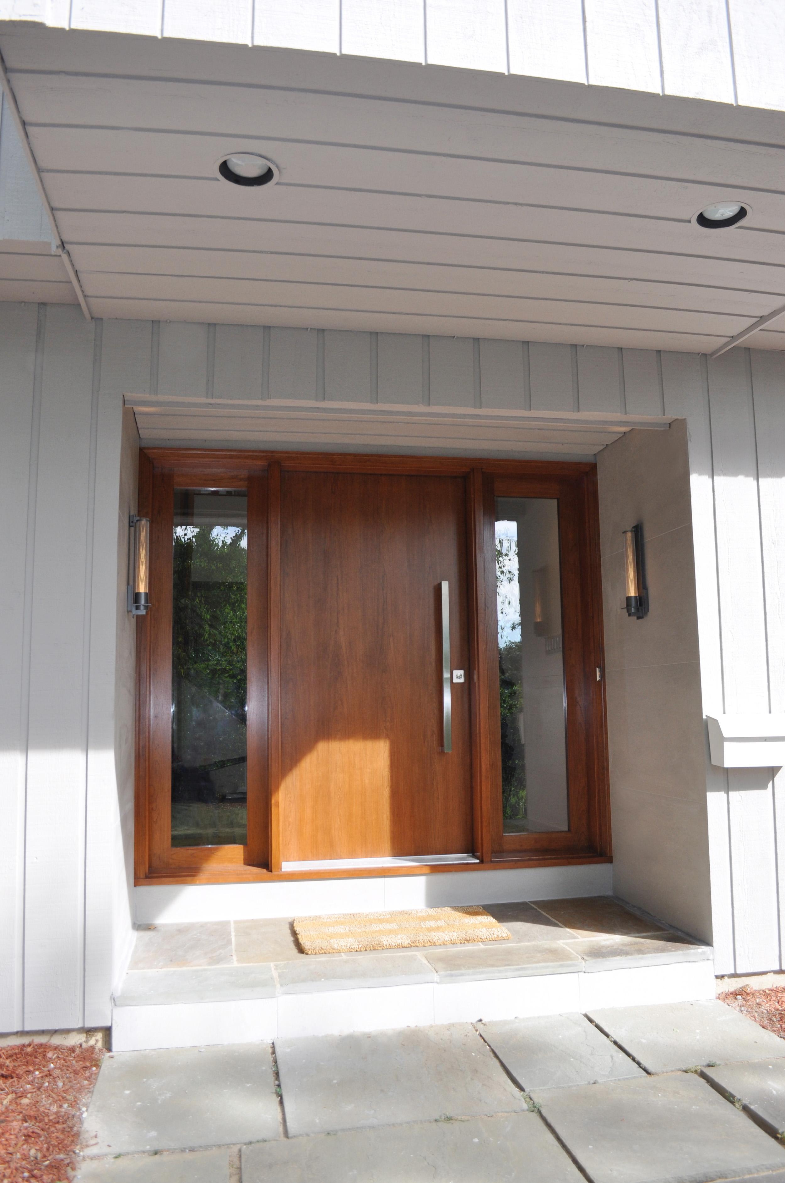 Front Door AFTER_Cherry Slab_Hubbardton Forge Sconces_KAM DESIGN.jpg