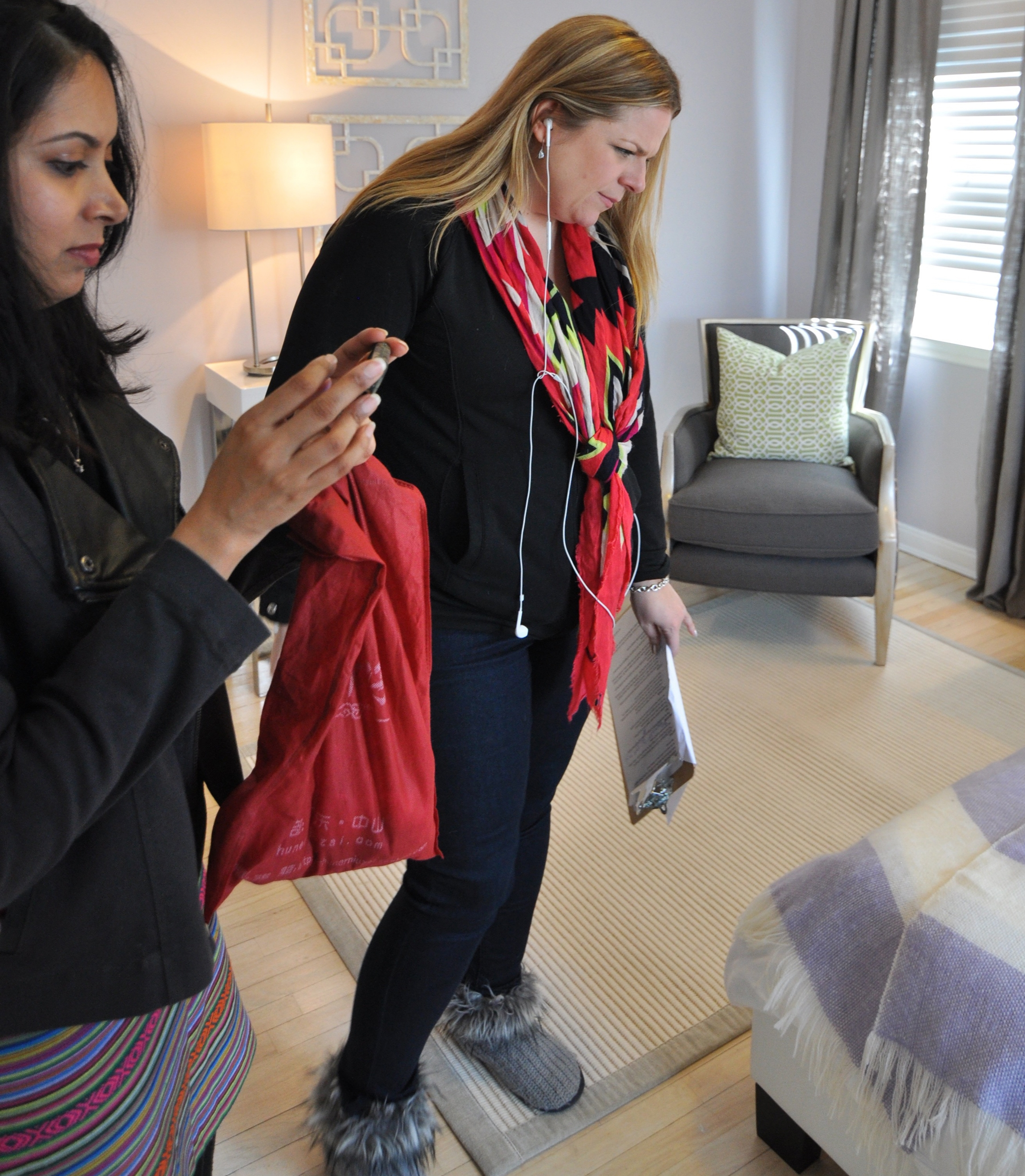 HGTV_Buying and Selling with The Property Brothers_Season 3_Episode 316_Behind the Scenes on Reveal Day_Deepti_Misty.jpg