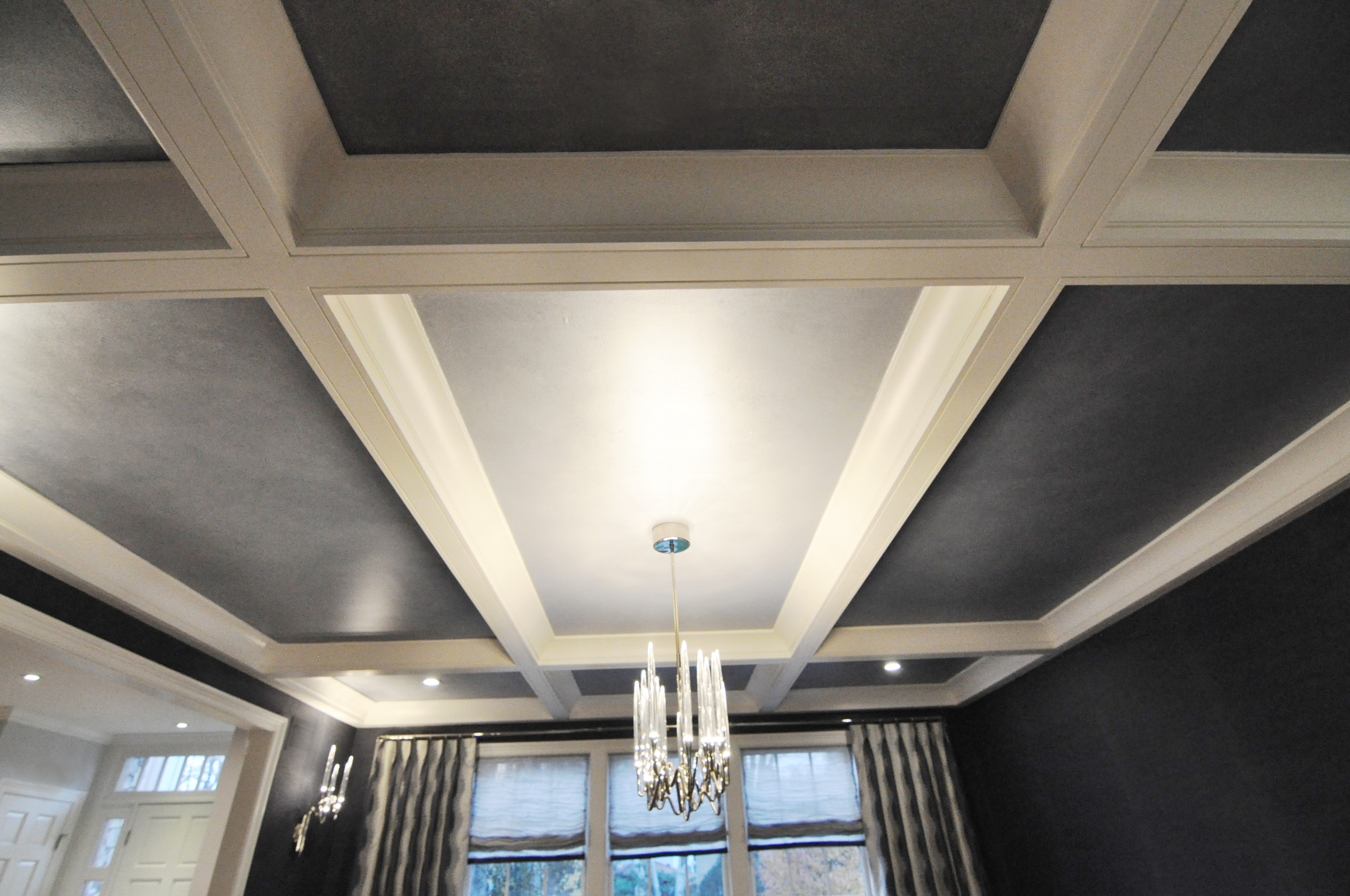 KAM DESIGN_Dining Room Coffered Ceiling_Faux Finish Pearlescent Paint on Grounds_web.jpg