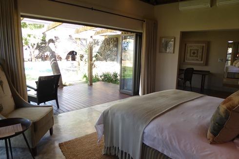 bedroom at CC2.jpg