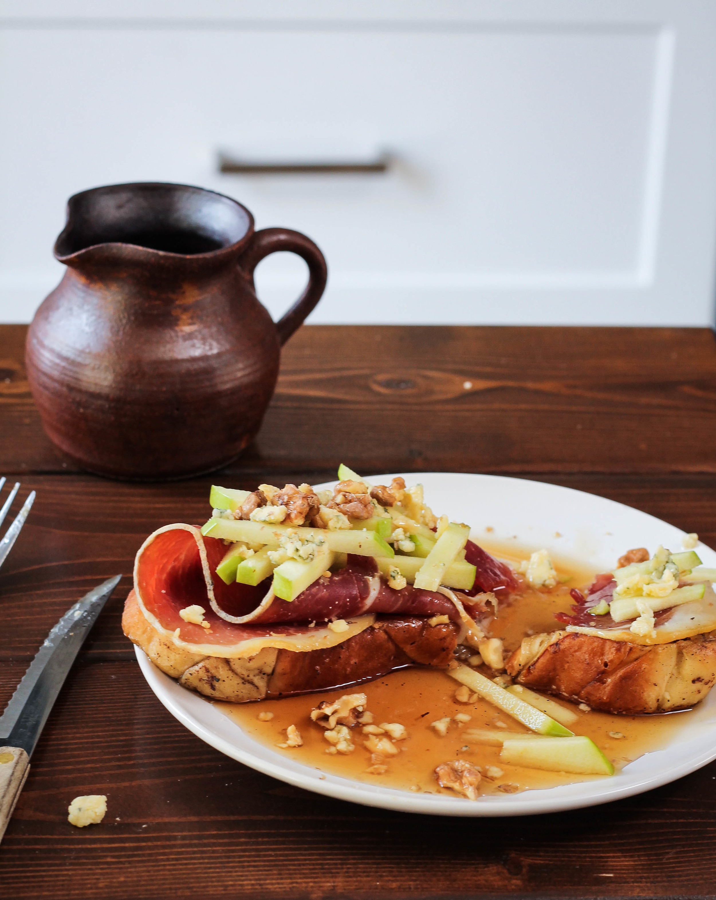 French Toast Pile Up: Prosciutto, Apple + Blue Cheese || Cream + Honey