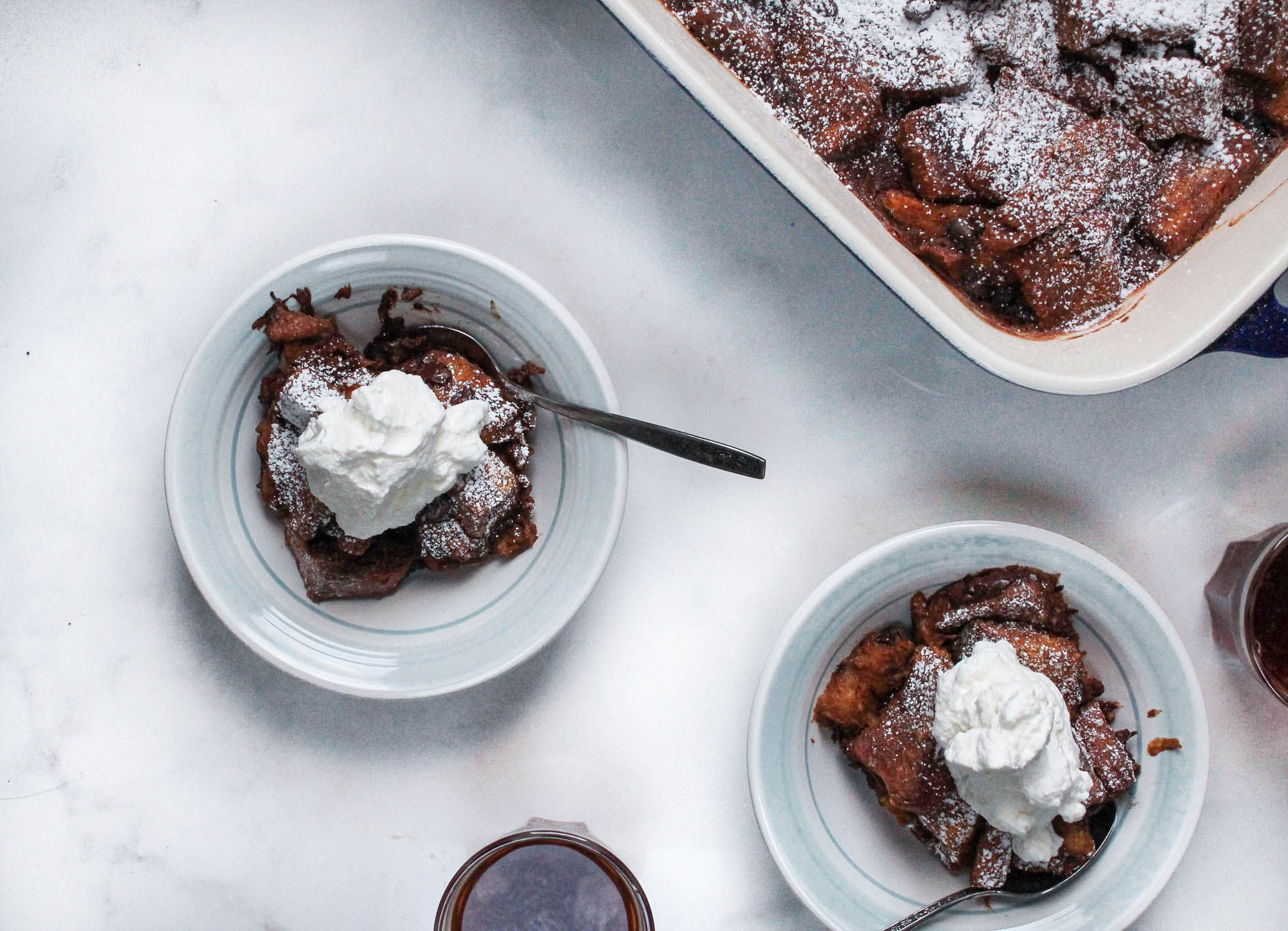 Pumpkin Chocolate Bread Pudding || This Fall dessert recipe is easy to make, vegan and perfect for Thanksgiving, Christmas or any holiday! Plant based + dairy free! || creamandhoney.ca