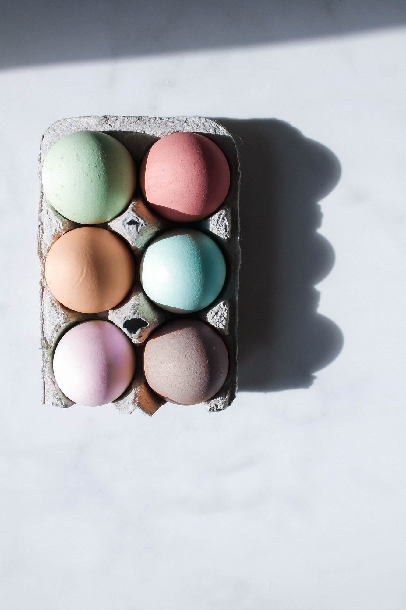 Easter Eggs || creamandhoney.ca