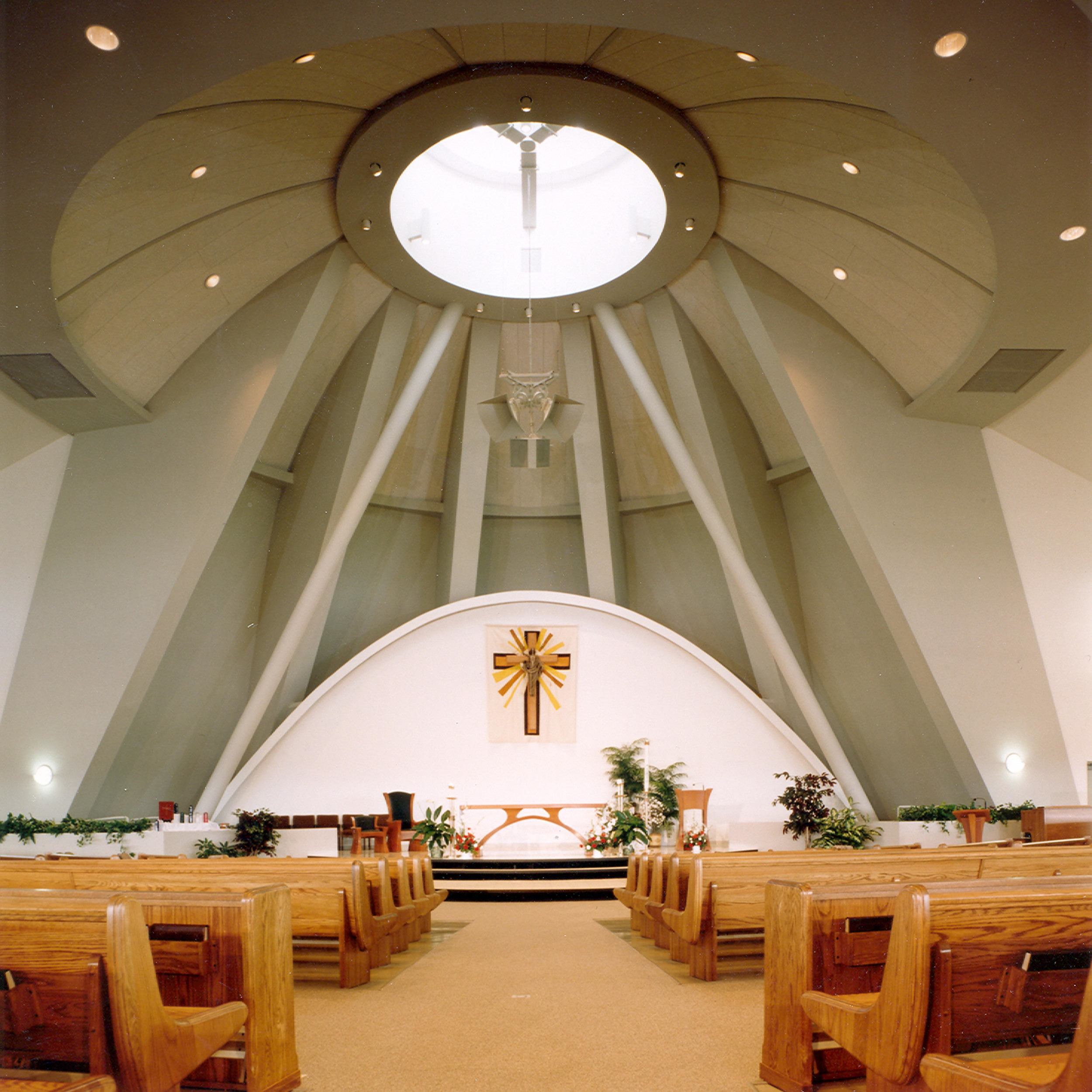 St. Mary Immaculate Plainfield Altar.jpg