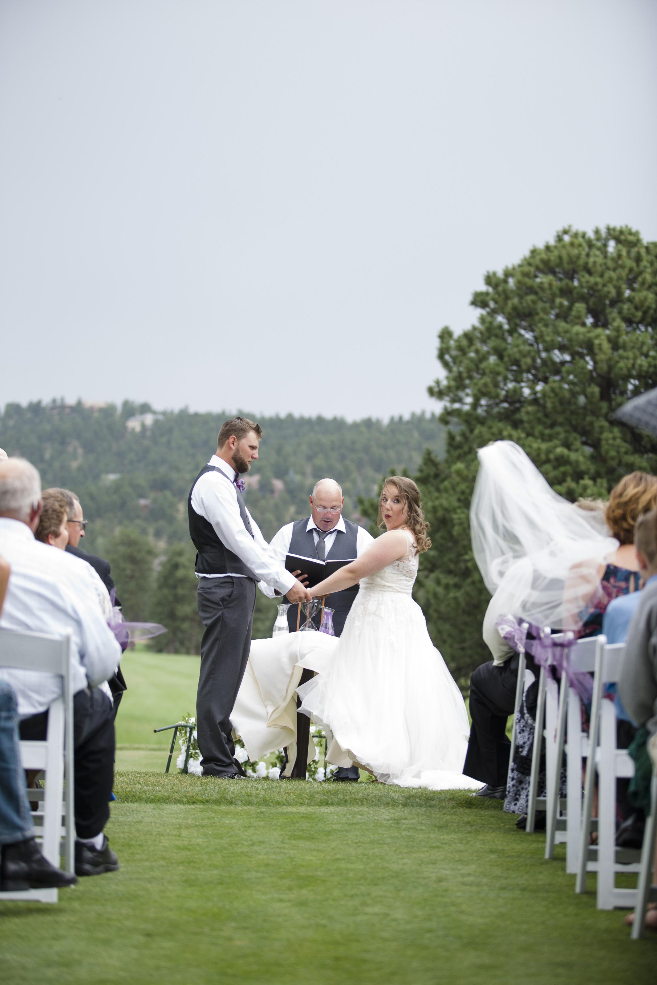 kristen-vance-hiwan-golf-club-evergreen-colorado-wedding-2017.jpg