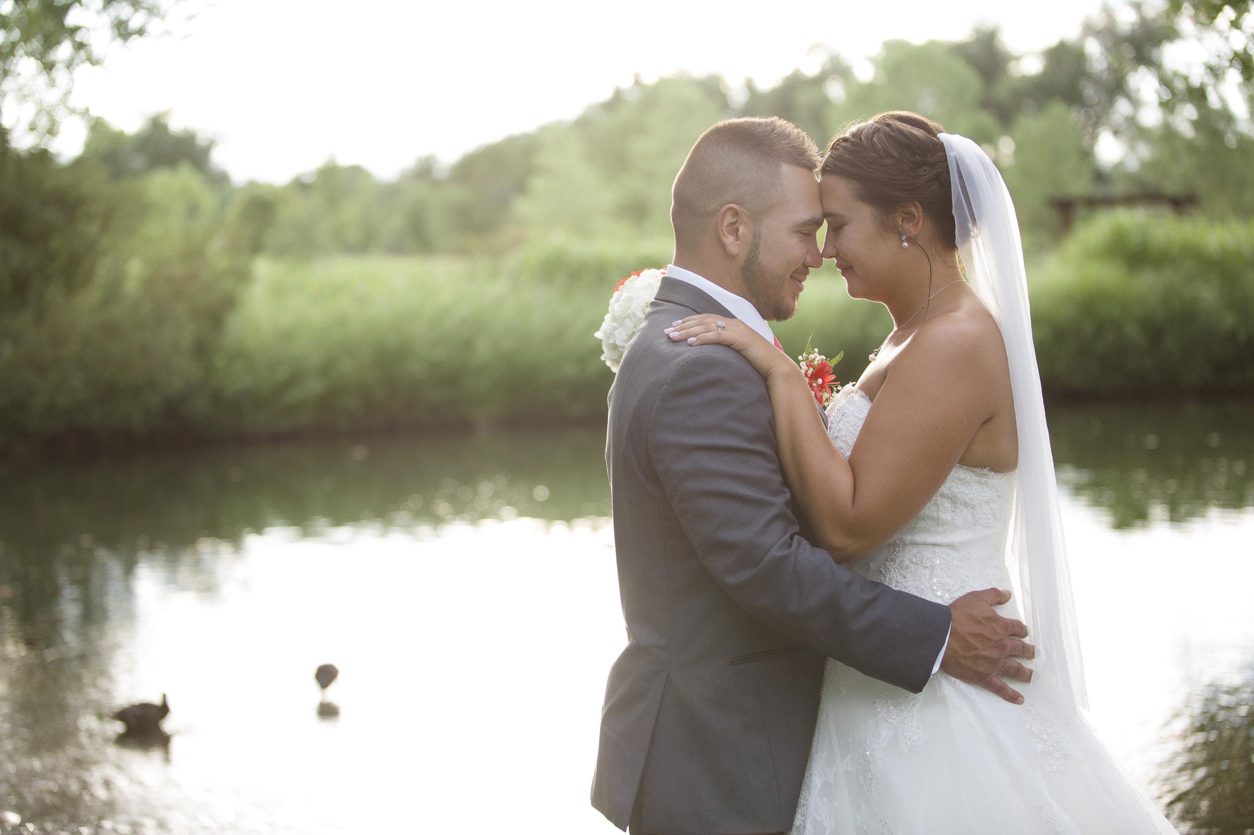 kristen-vance-hudson-gardens-littleton-colorado-wedding-2.jpg