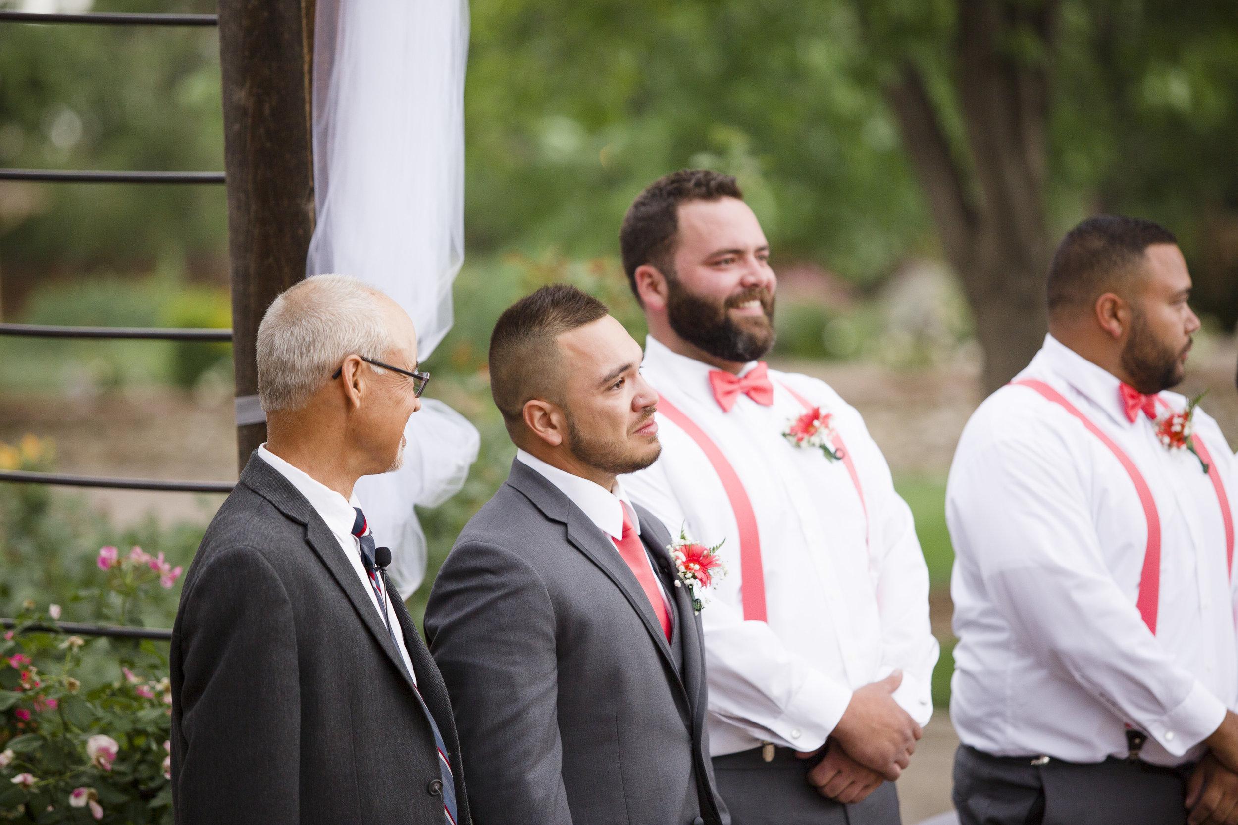 kristen-vance-hudson-gardens-littleton-colorado-wedding.jpg
