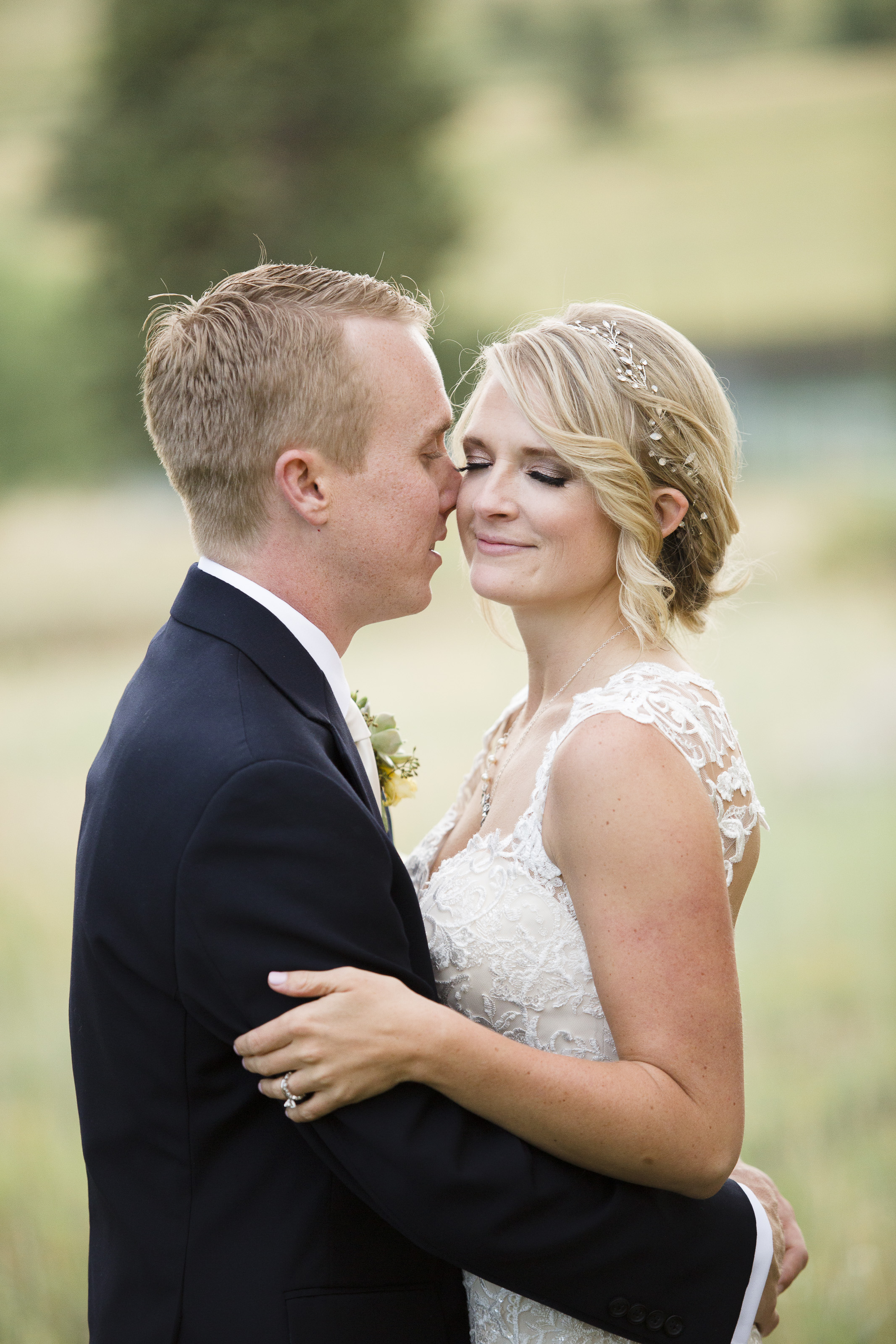 kristen-vance-mt-vernon-country-club-golden-colorado-wedding-2017-3.jpg