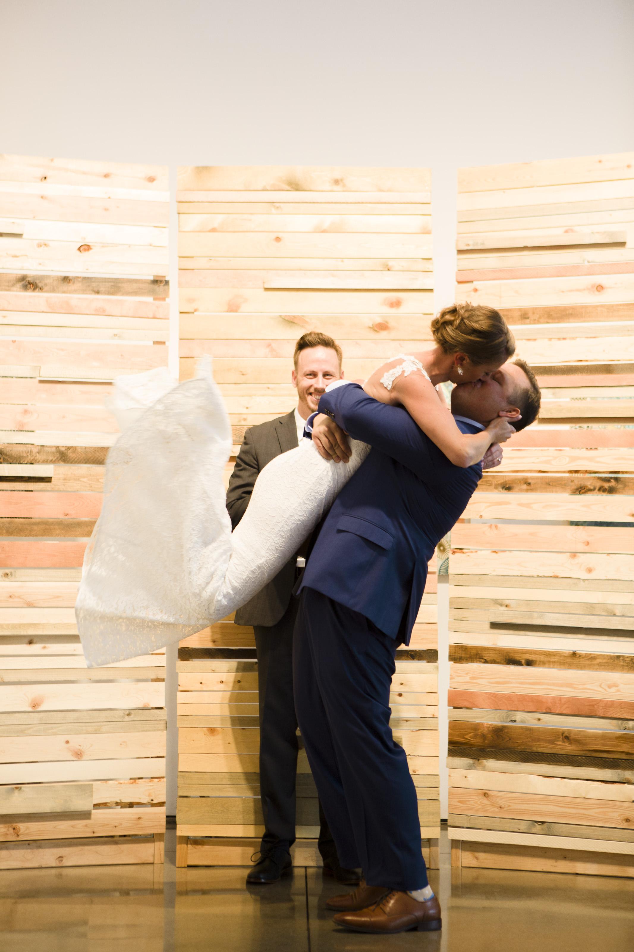 kristen-vance-space-gallery-denver-colorado-wedding-2017.jpg