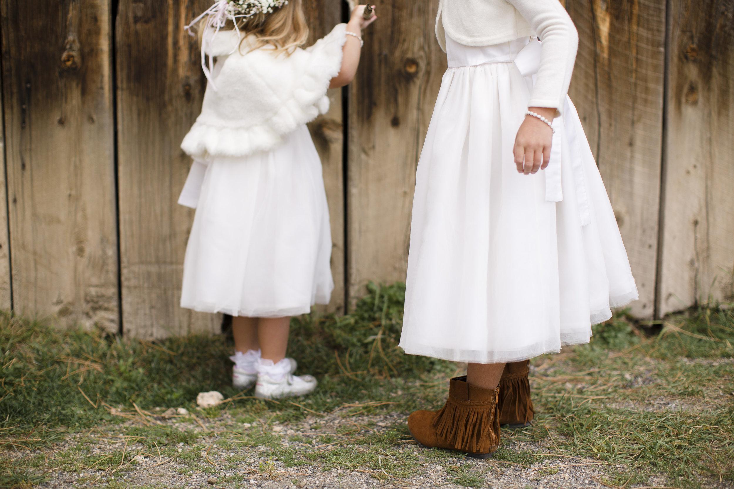 kristen-vance-three-sisters-barn-evergreen-colorado-wedding-2017-3.jpg