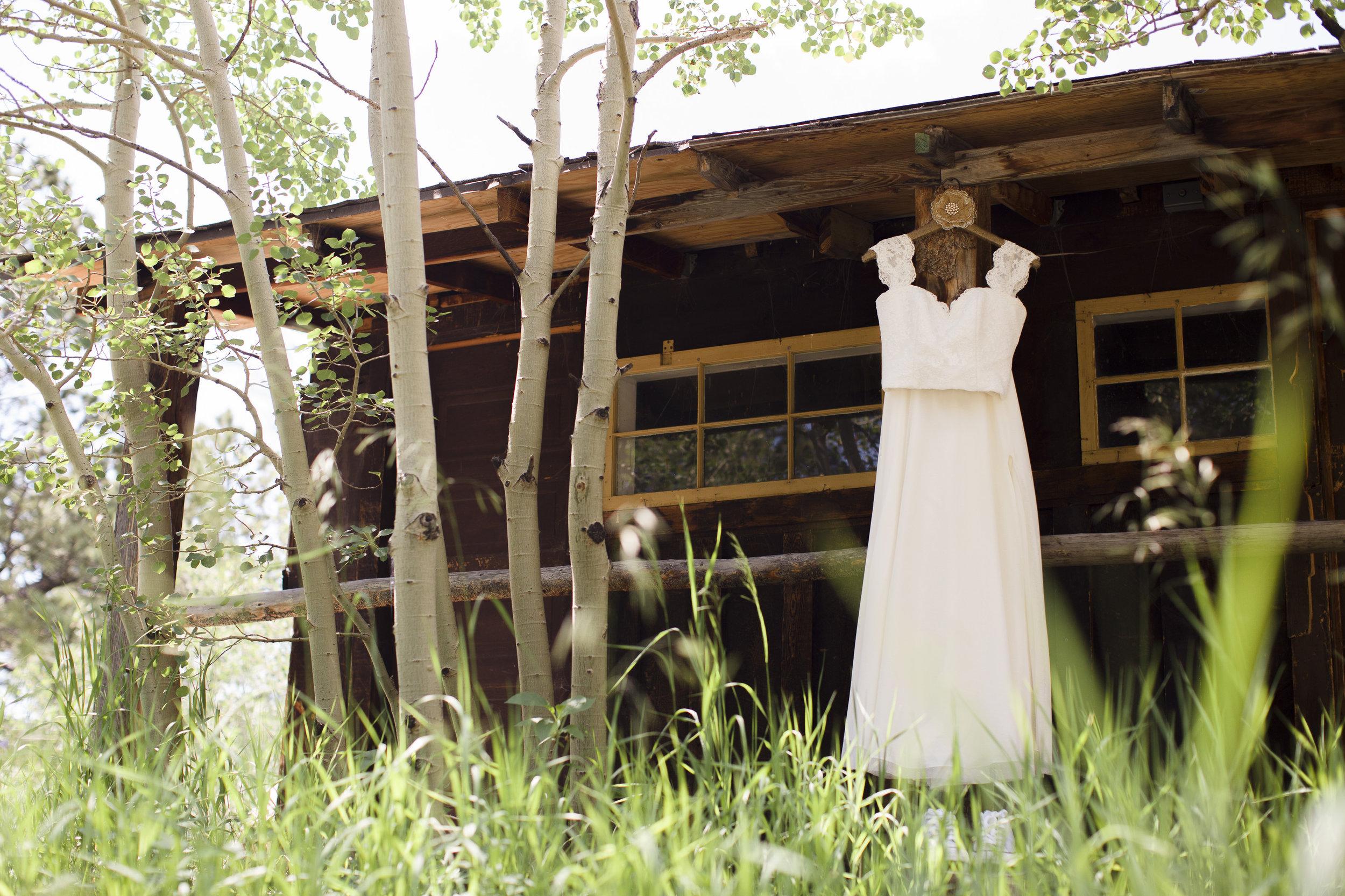 kristen-vance-wild-basin-lodge-allenspark-colorado-wedding-2017.jpg