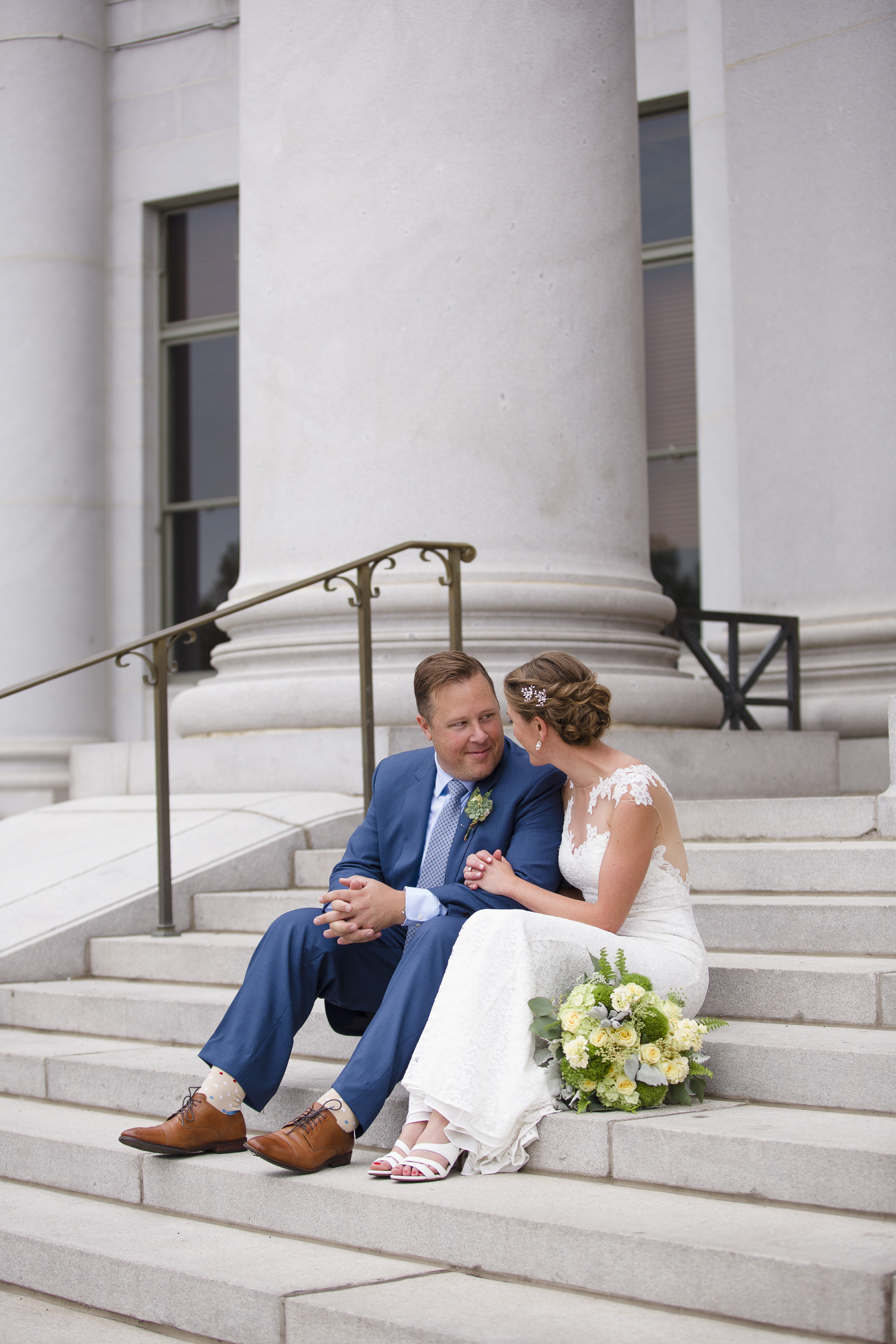 kristen-vance-downtown-denver-courthouse-colorado-wedding-2017.jpg