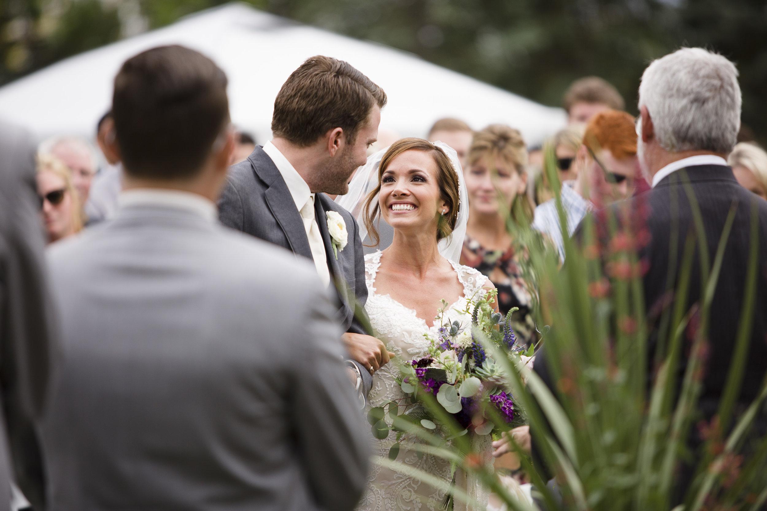 kristen-vance-chatfield-farms-littleton-colorado-fall-wedding-2017.jpg