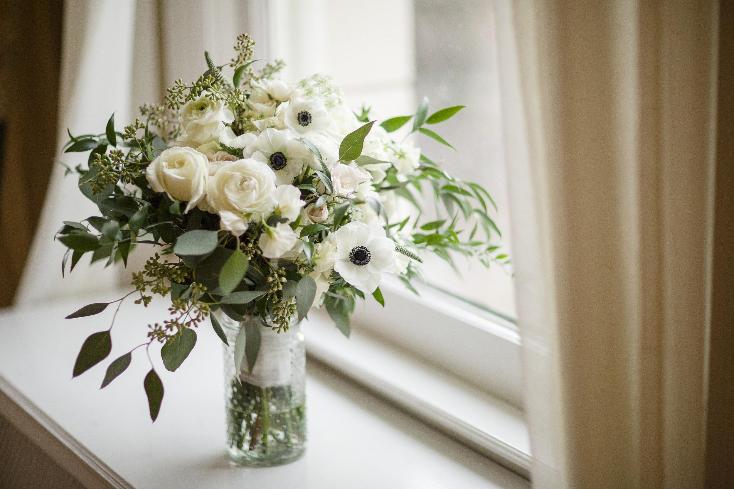 kristen-vance-grant-humphreys-mansion-denver-colorado-winter-wedding-2017.jpg