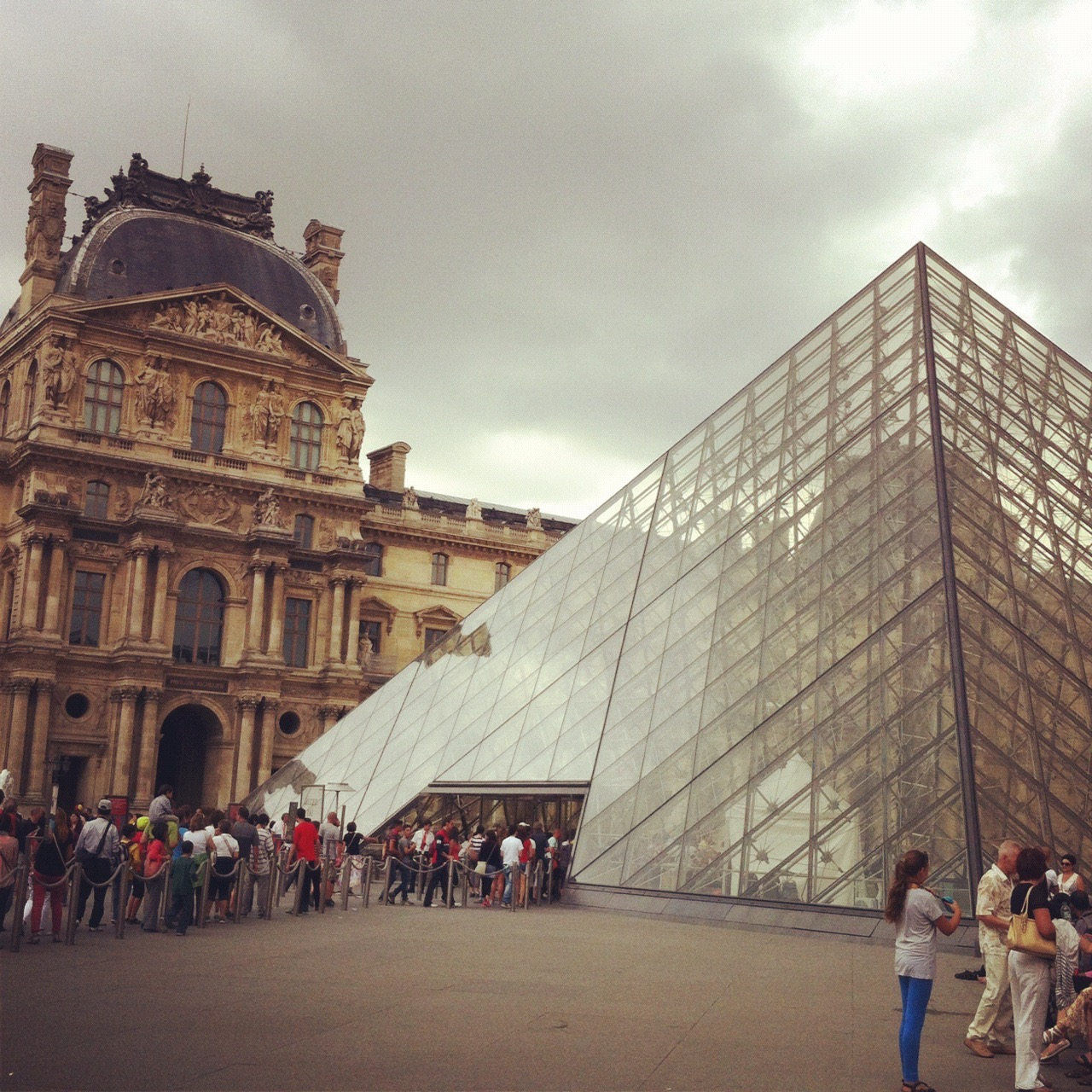 paris louvre glass pyramid.jpg