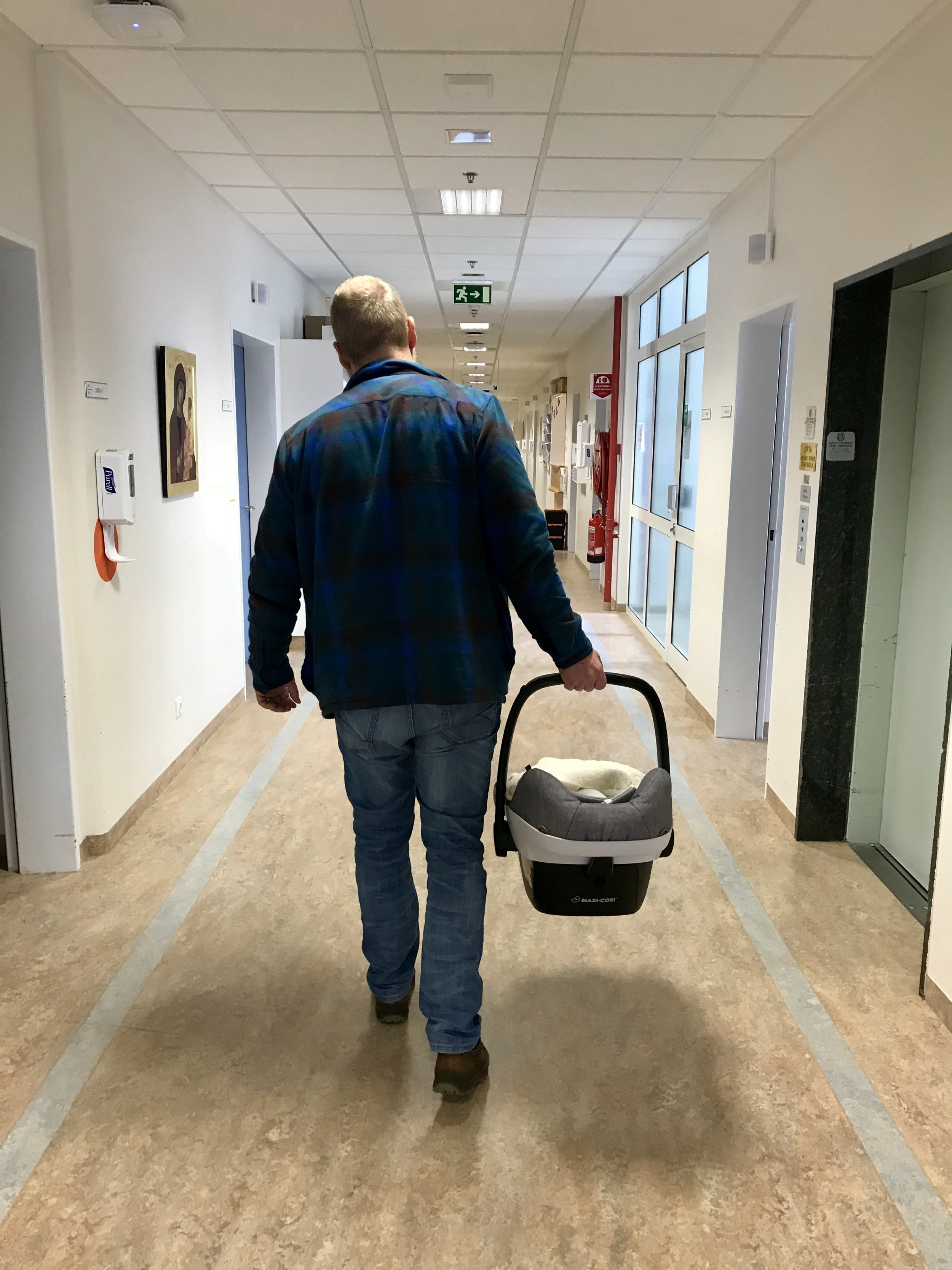 Leaving the delivery ward