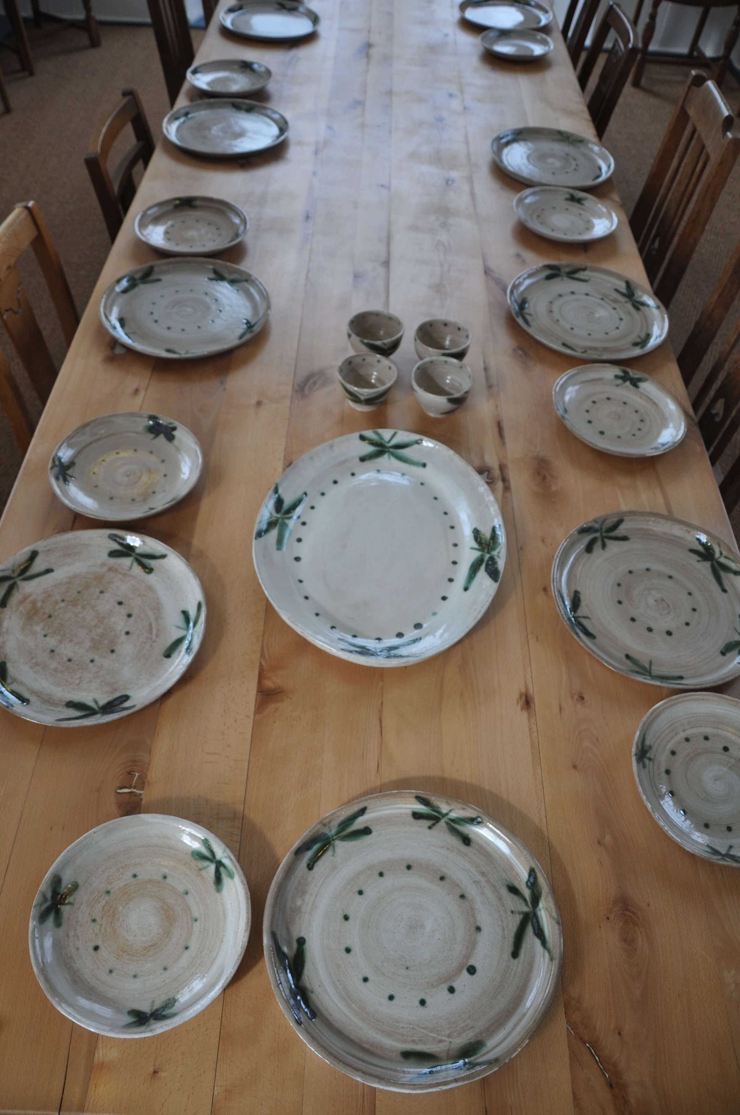 Dinner service (1).JPG