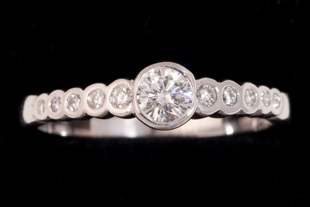 Circular Diamond Ring