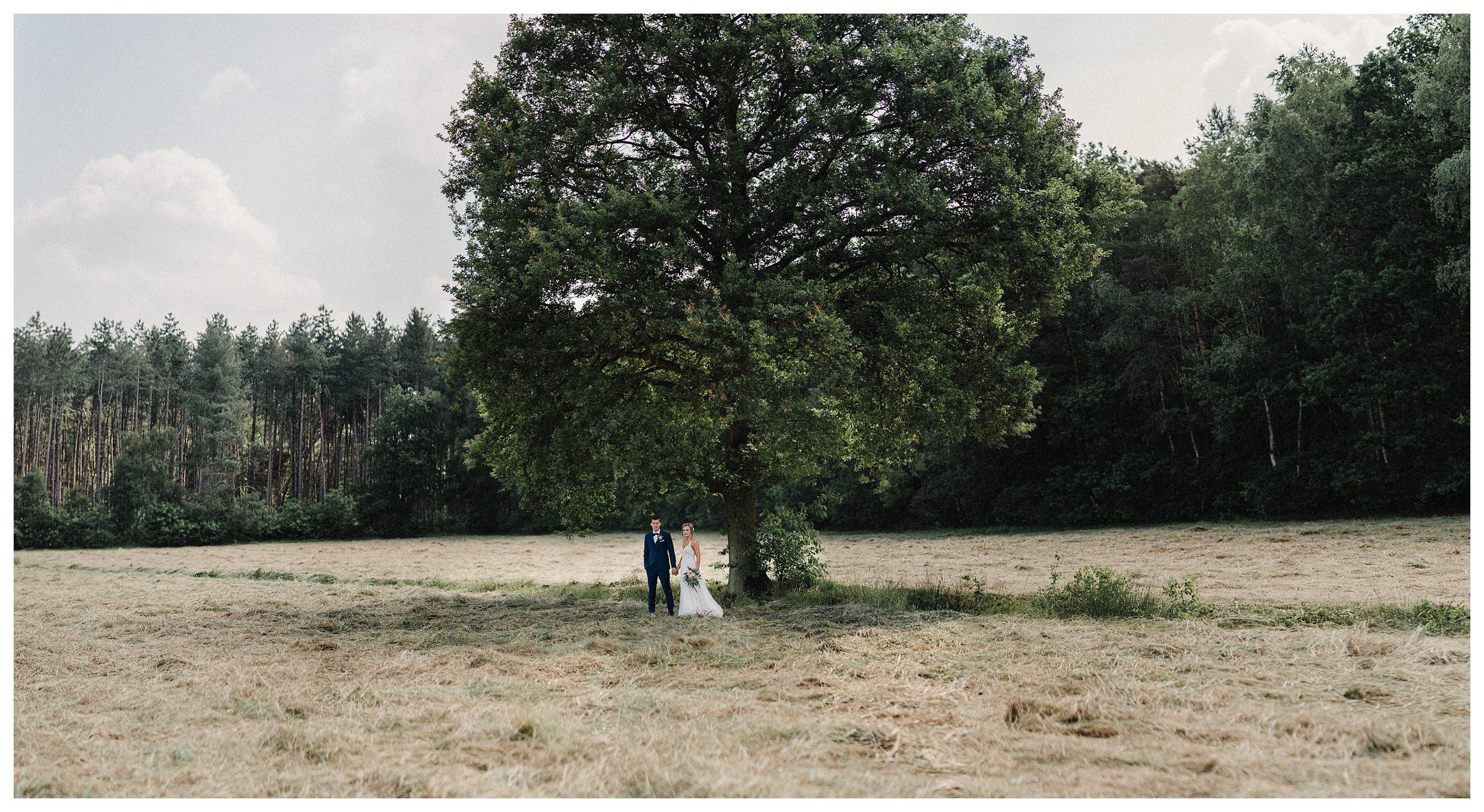 huwelijksfotograaf bruidsfotograaf destinationwedding huwelijksfotografie in mol oostham (22).jpg