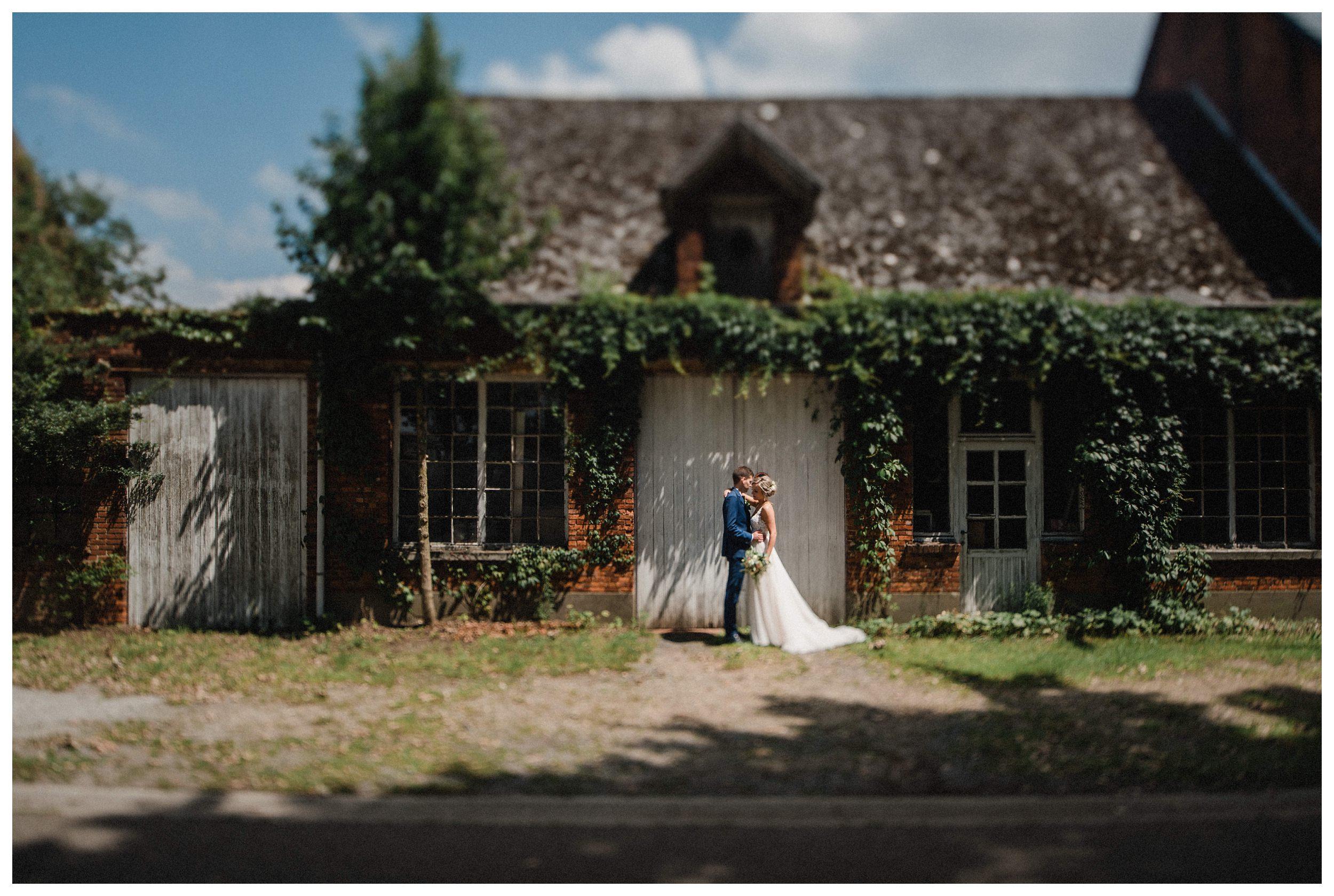 huwelijksfotograaf bruidsfotograaf destinationwedding huwelijksfotografie in mol oostham (35).jpg