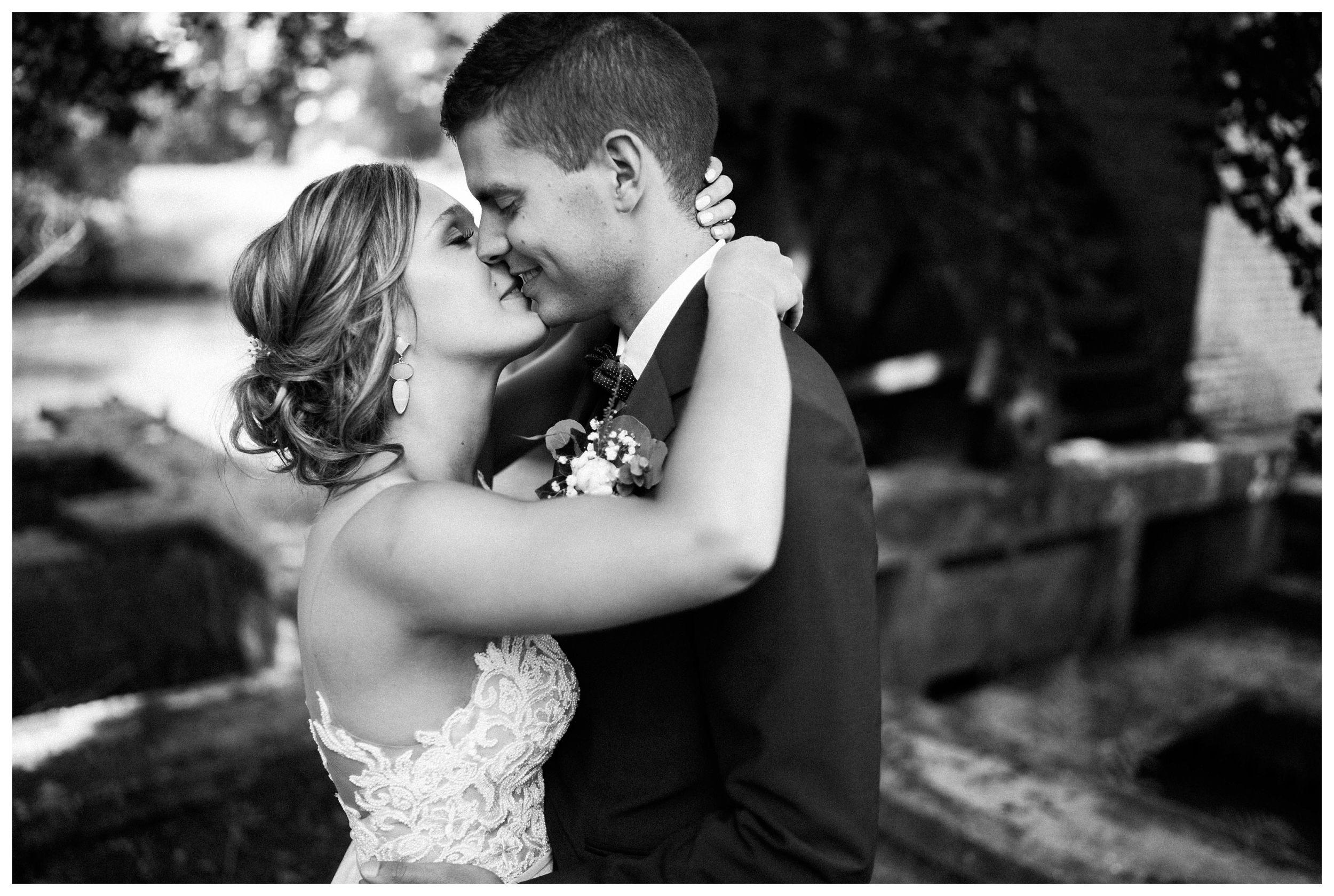 huwelijksfotograaf bruidsfotograaf destinationwedding huwelijksfotografie in mol oostham (40).jpg