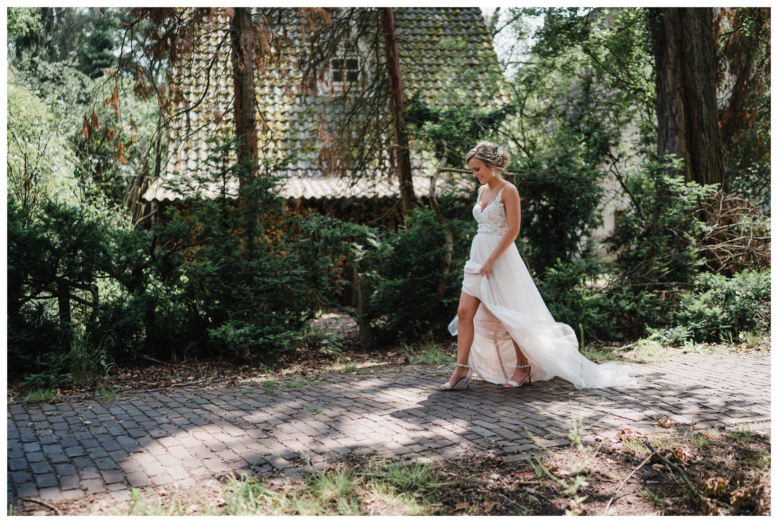 huwelijksfotograaf bruidsfotograaf destinationwedding huwelijksfotografie in mol oostham (47).jpg