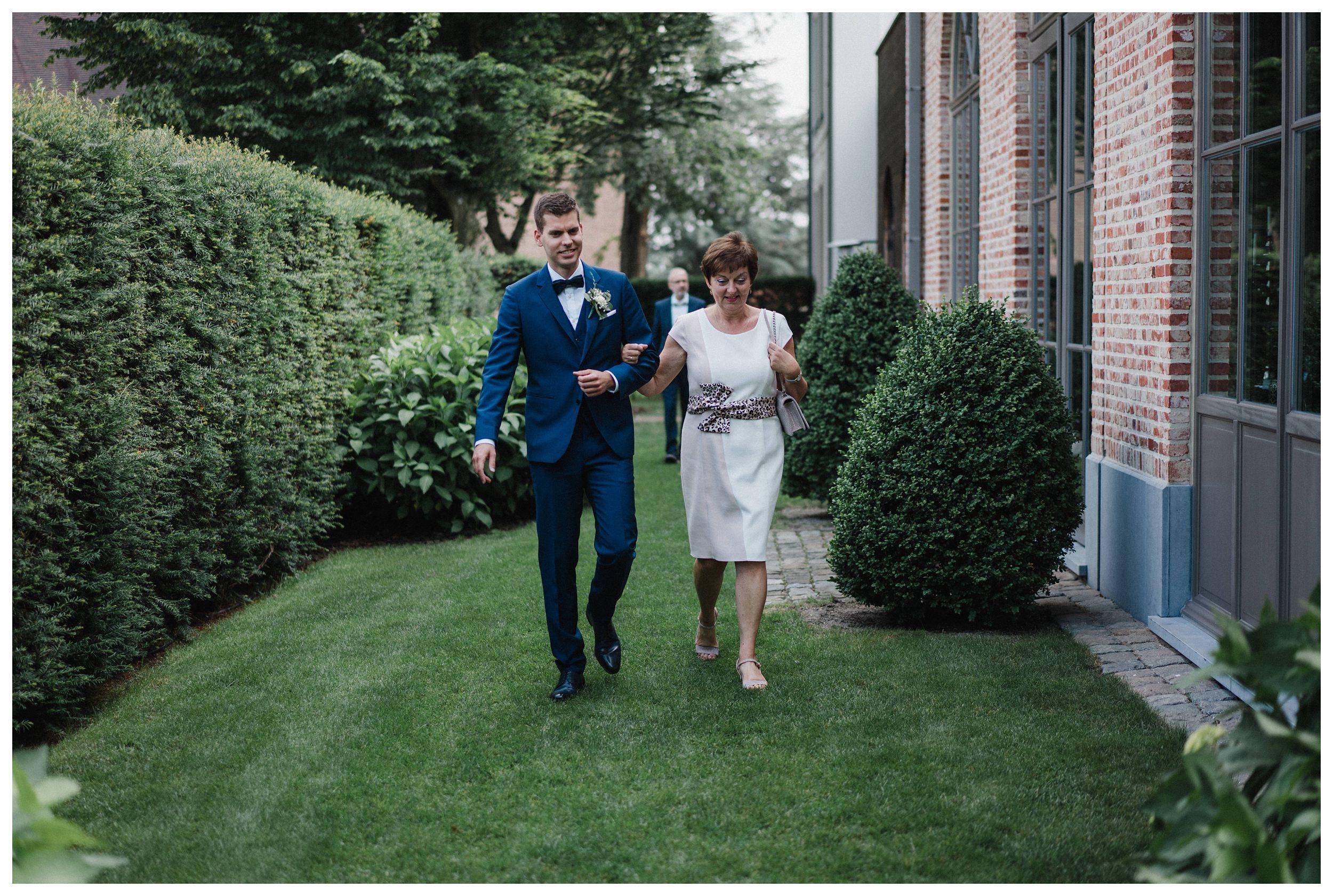 huwelijksfotograaf bruidsfotograaf destinationwedding huwelijksfotografie in mol oostham (50).jpg