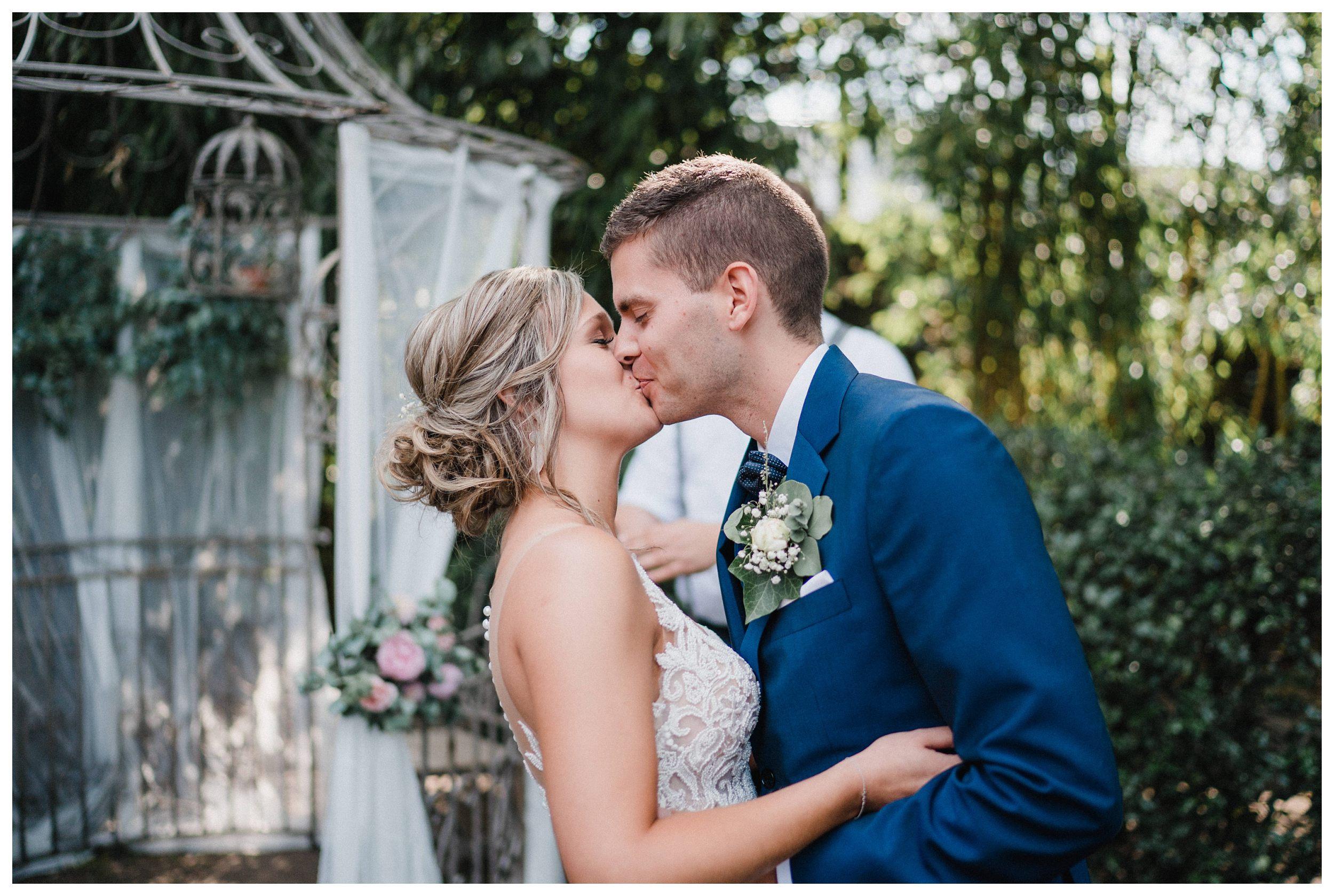 huwelijksfotograaf bruidsfotograaf destinationwedding huwelijksfotografie in mol oostham (52).jpg