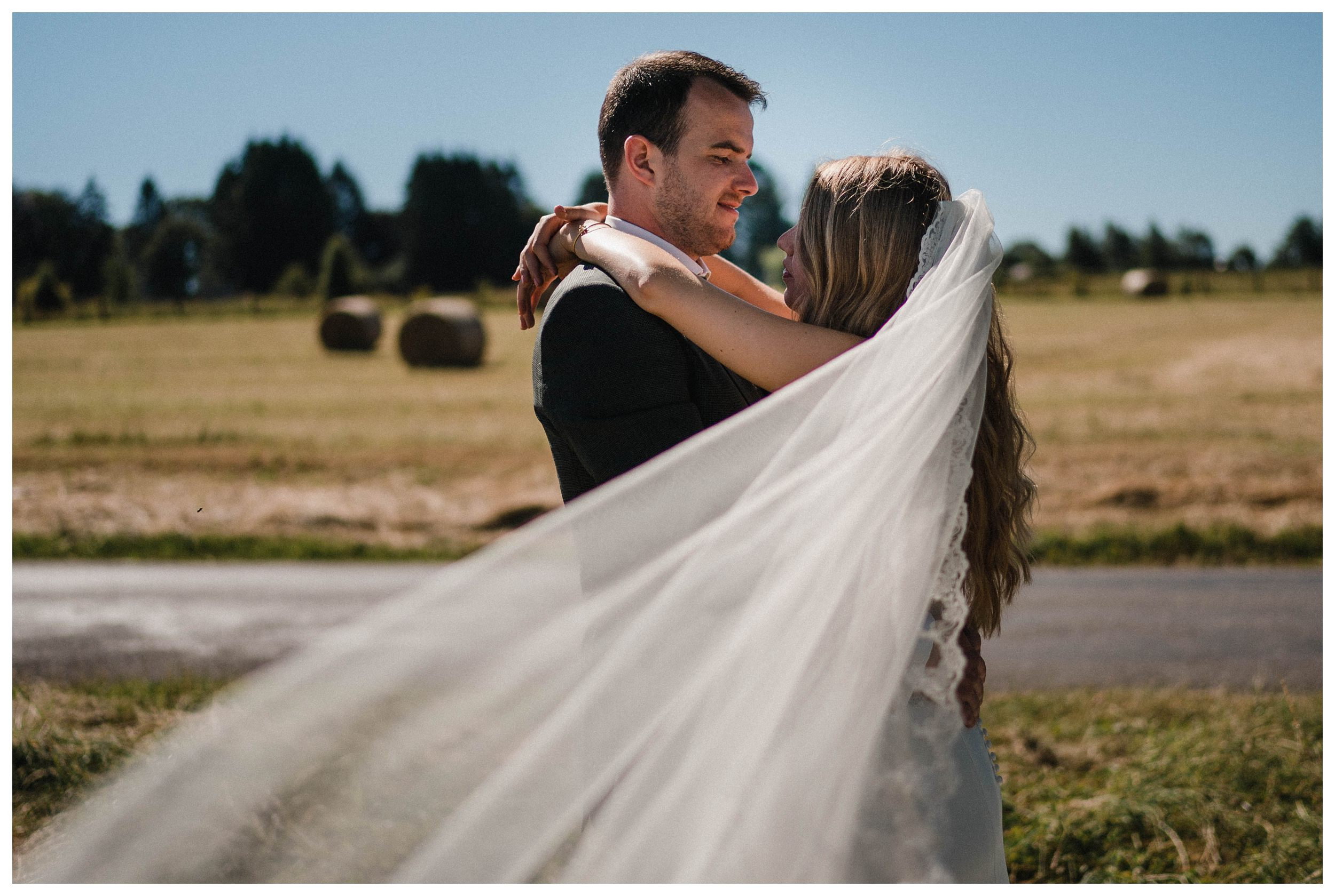 huwelijksfotograaf bruidsfotograaf destinationwedding huwelijksfotografie in ardennen nederland (34).jpg