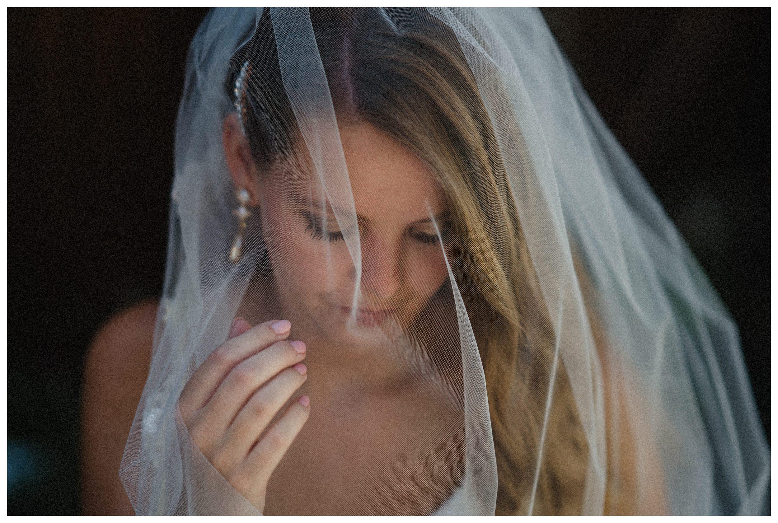 huwelijksfotograaf bruidsfotograaf destinationwedding huwelijksfotografie in ardennen nederland (54).jpg