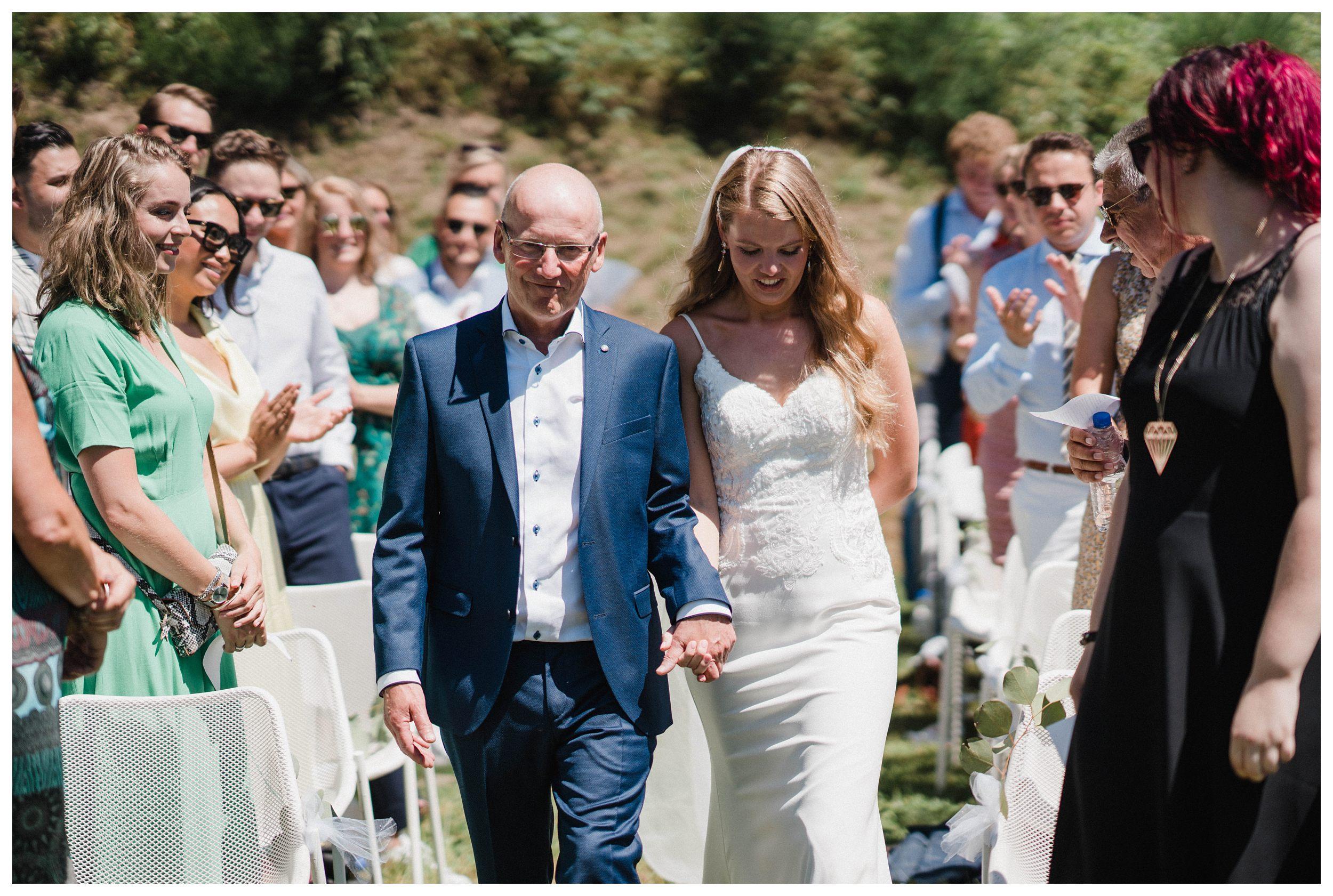 huwelijksfotograaf bruidsfotograaf destinationwedding huwelijksfotografie in ardennen nederland (65).jpg