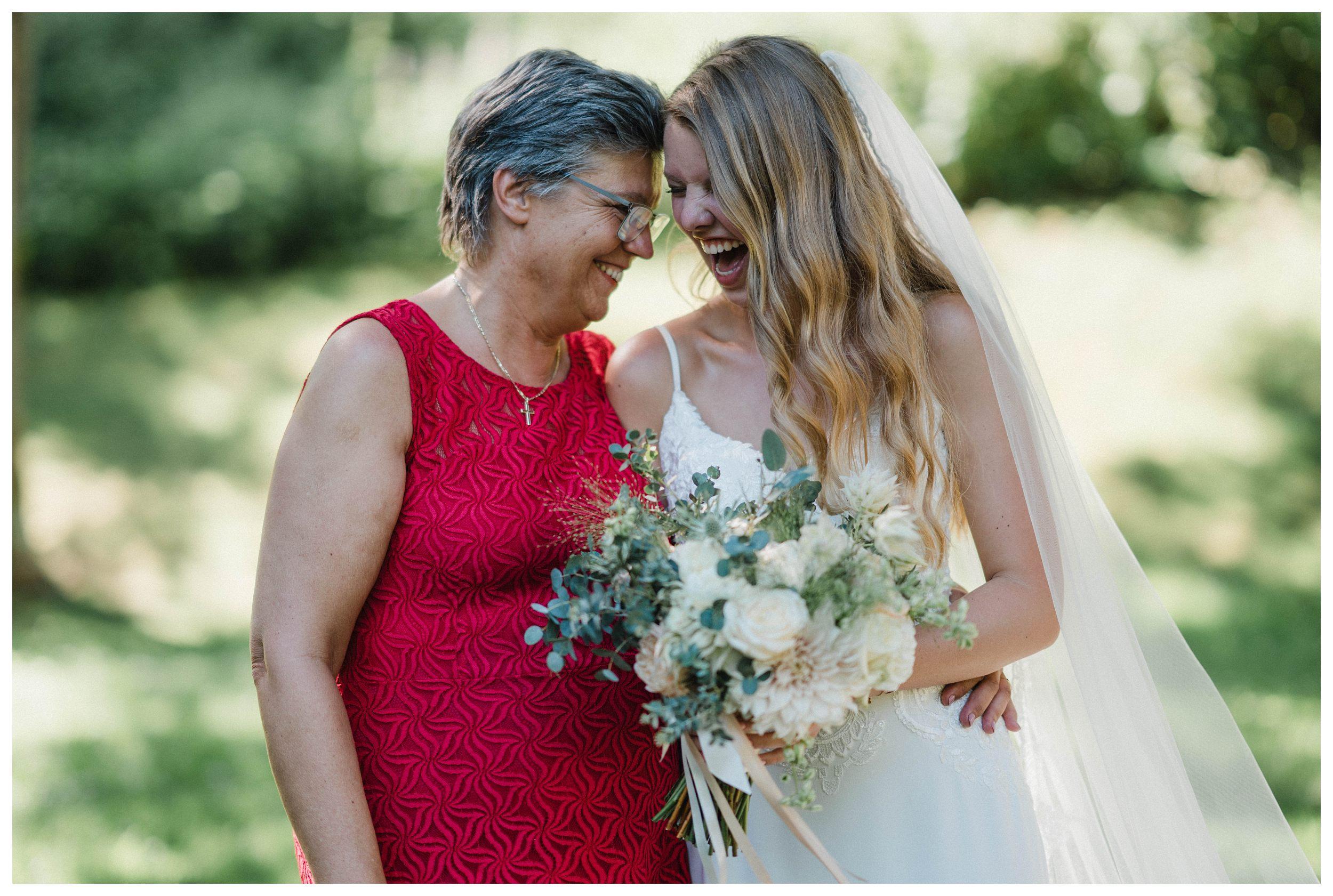 huwelijksfotograaf bruidsfotograaf destinationwedding huwelijksfotografie in ardennen nederland (74).jpg