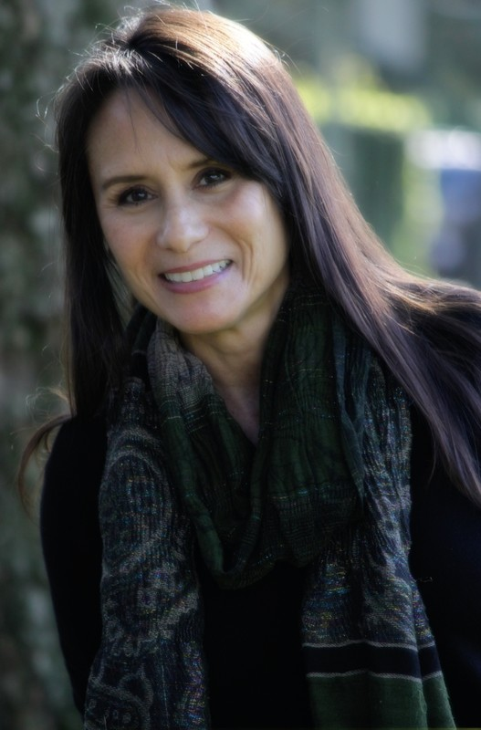 Anita Azenet - Azenet is dedicated to writing scripts that positively portray minorities, primarily Hispanics and women, on television and film while debunking all ethnic stereotypes. In addition to her membership in NALIP, she is an Independent Caucus Member of the Writers Guild of America West and the (Military) Veterans in Film and Television.