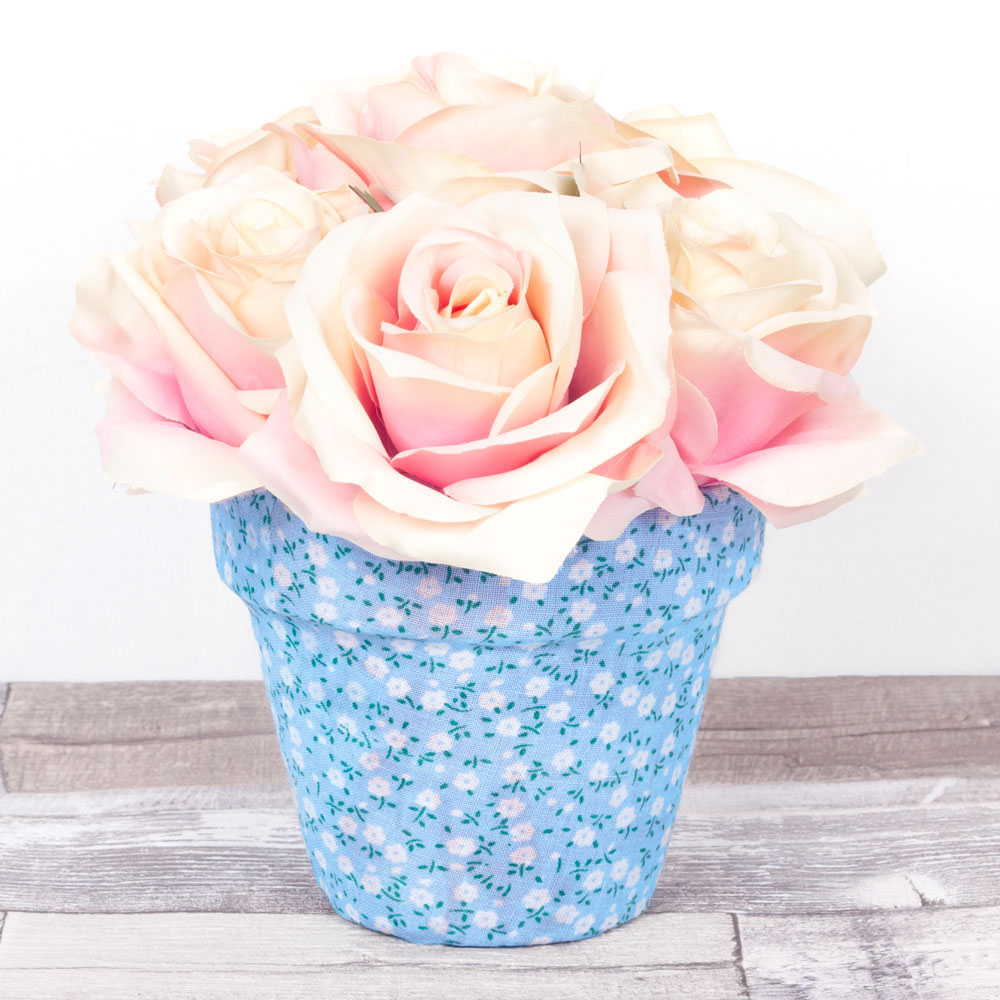 Once dry, your lovely DIY plant pot is ready to display in your home!  Subscribe to my  newsletter to receive fun craft ideas, offers and freebies!  Please note: this blog post contains affiliate links, however all opinions are my own and I only link to products that I personally use and recommend.