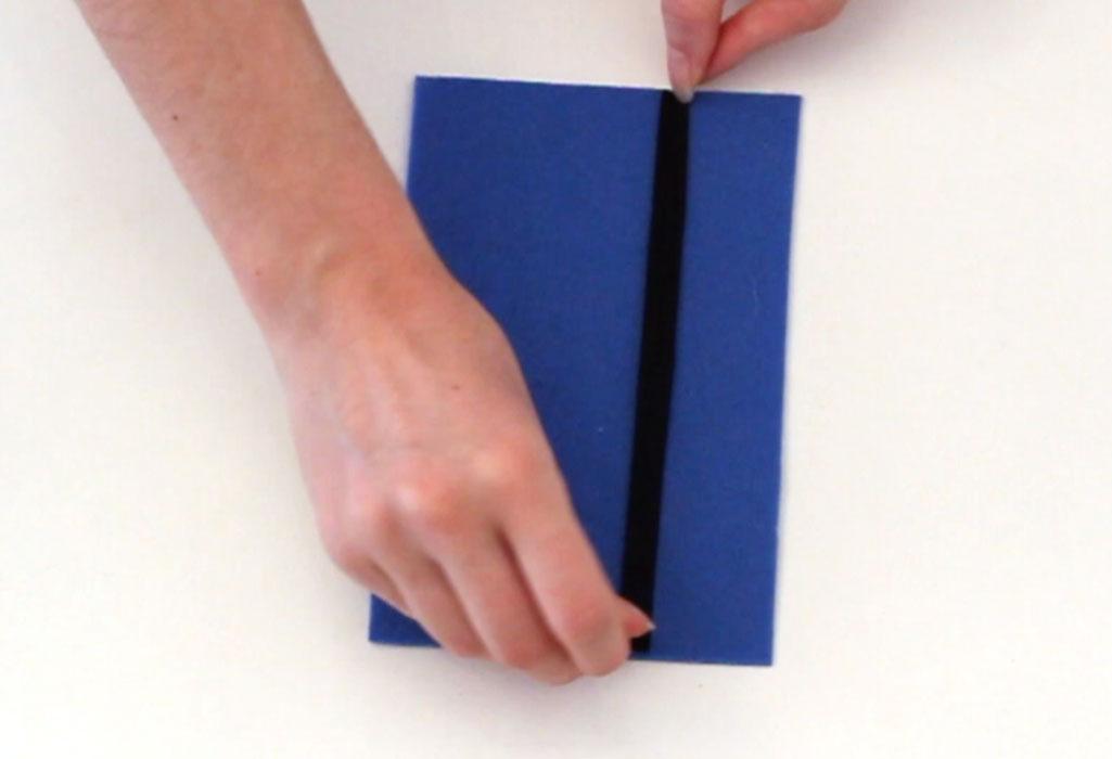 diy-activity-case-tic-tac-toe-step-1.jpg