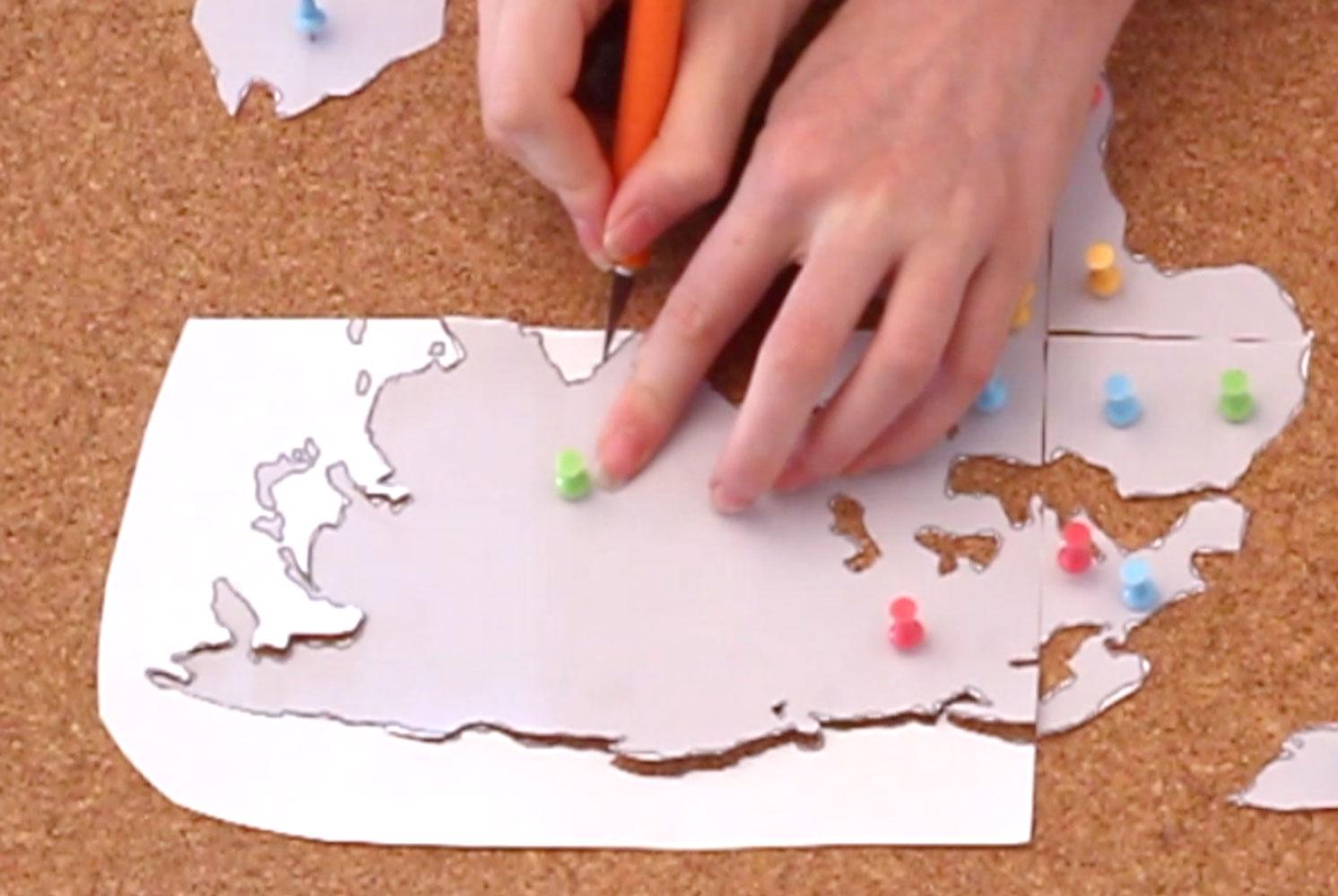 DIY-Cork-Board-Map-step-2.jpg