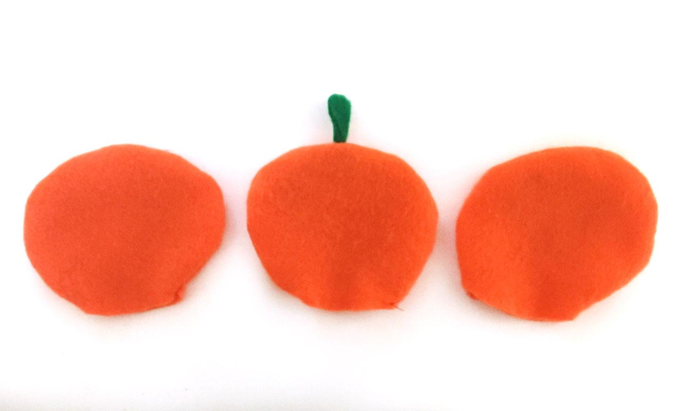 Pumpkin-Pin-Cushion-step-2.jpg