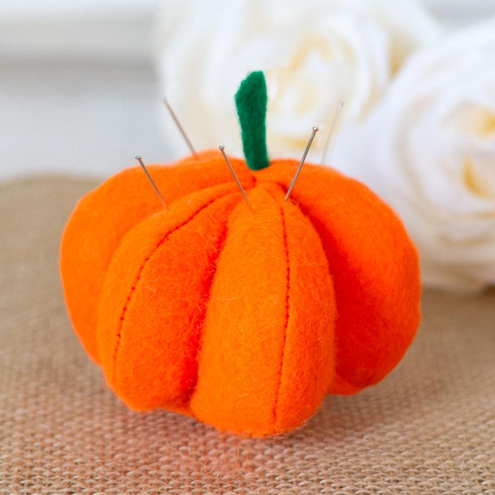 Pumpkin-Pin-Cushion.jpg