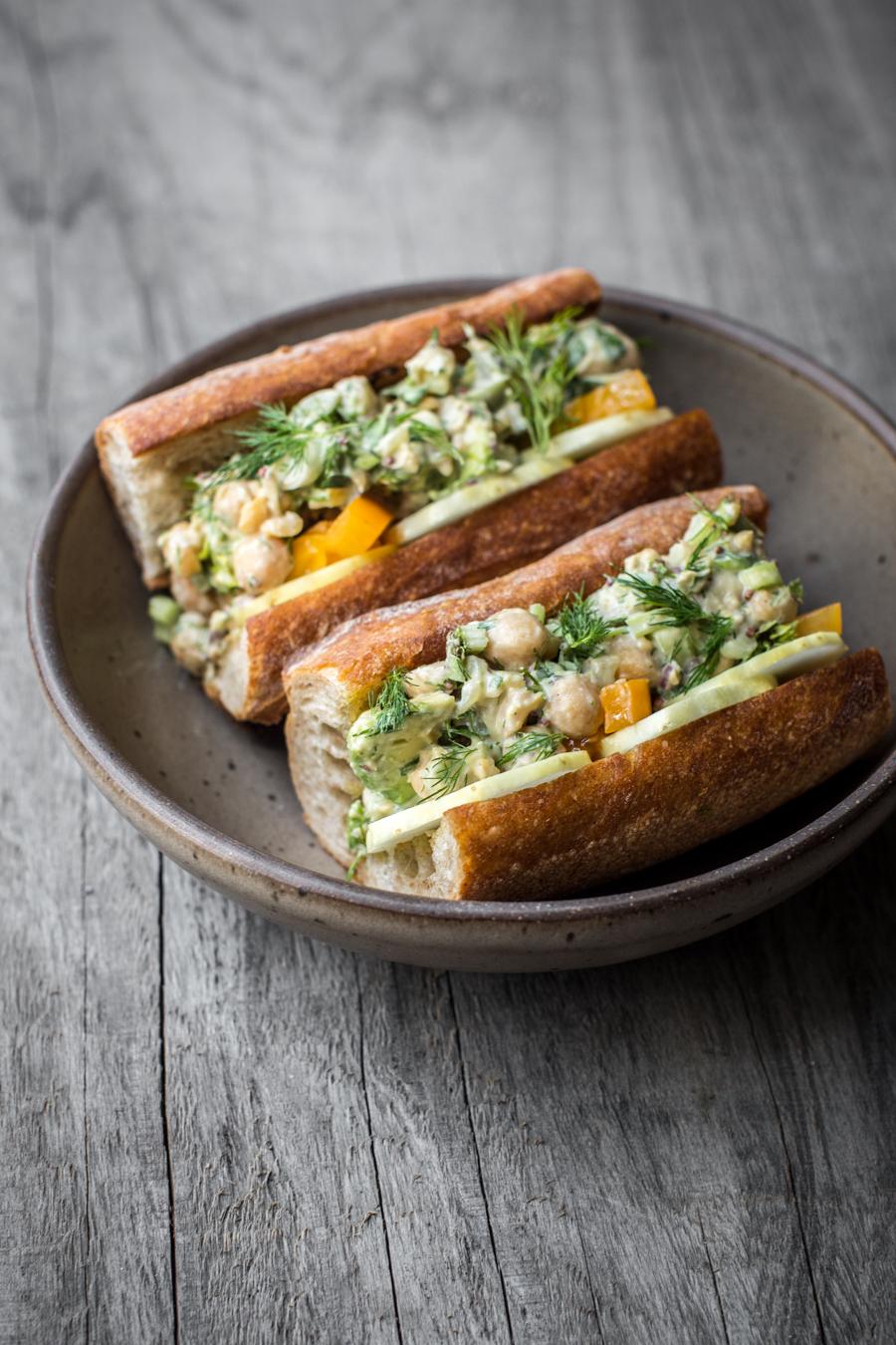 chickpea-avocado-salad-02.jpg