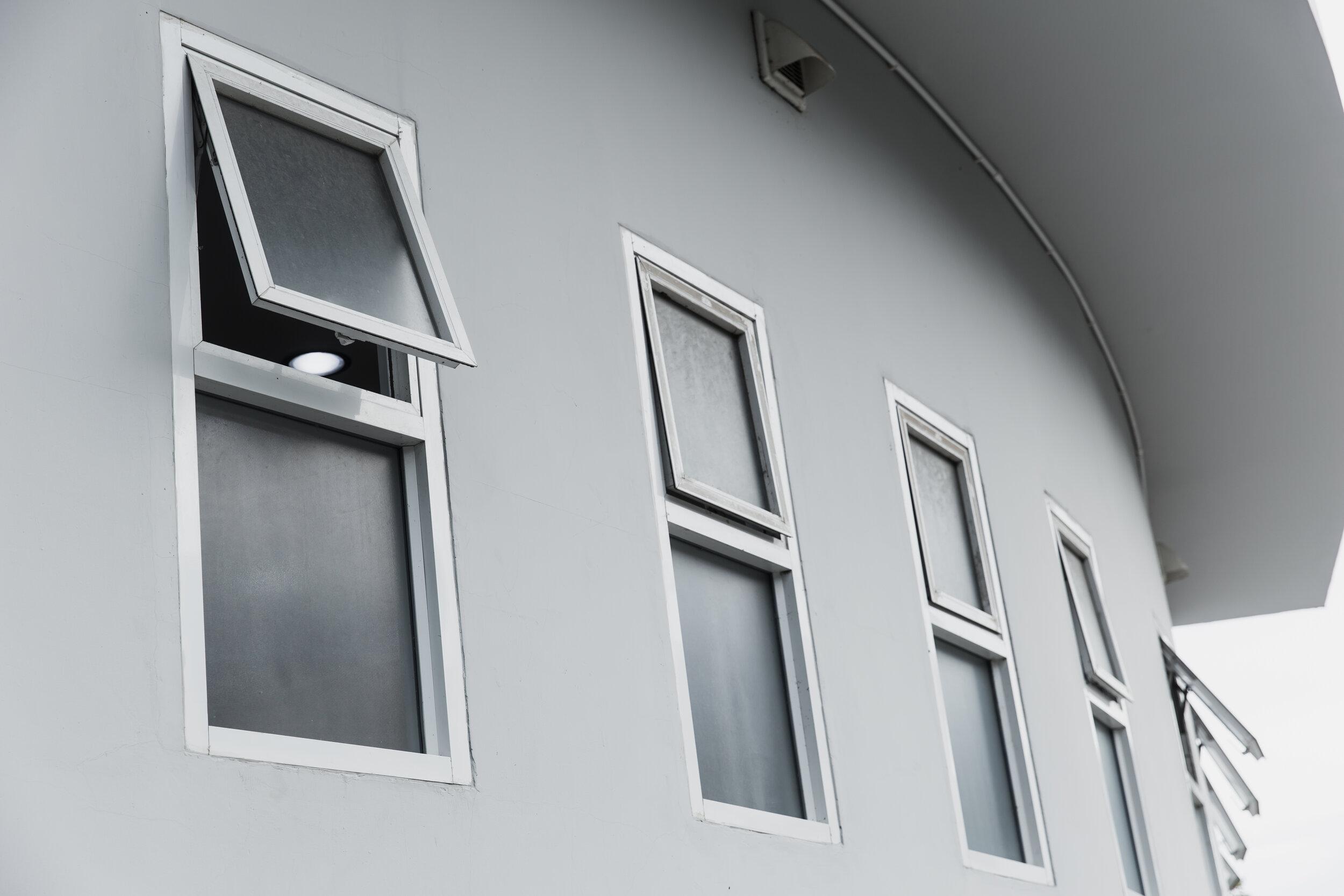 遮阳篷Windows 4.jpg.