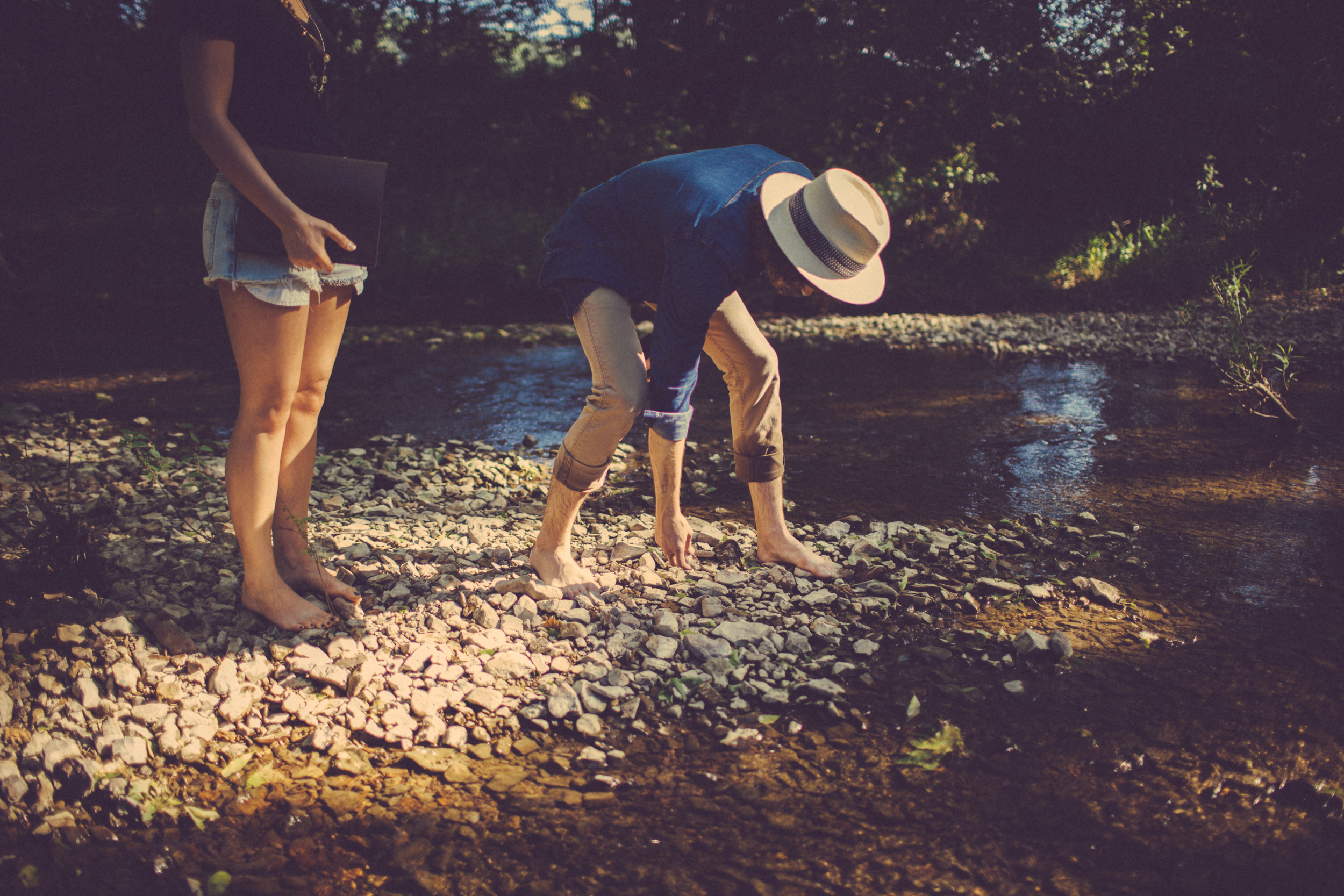 creek (20 of 23).jpg
