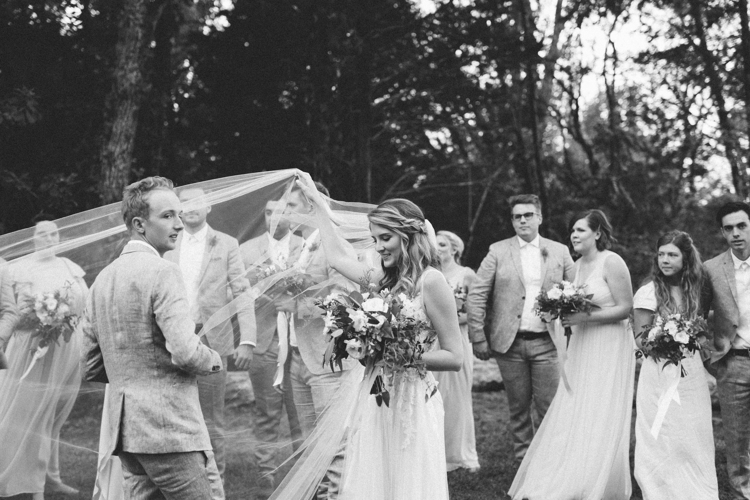 Mikaela Hamilton- Ben & Emily- bridal party-10.jpg